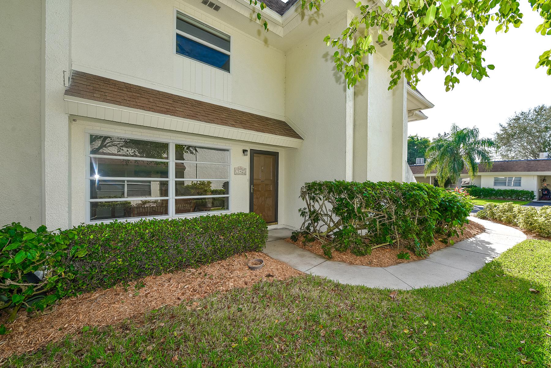 Maison en rangée pour l Vente à SUTTON PLACE 542 Sutton Pl Longboat Key, Florida, 34228 États-Unis