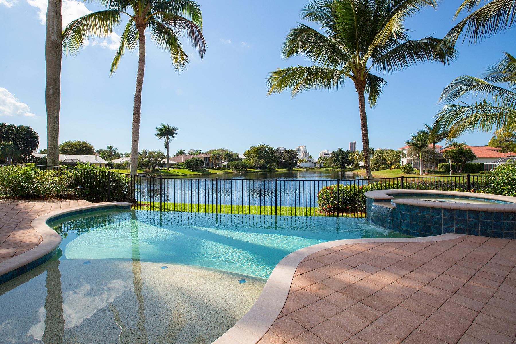 Casa Unifamiliar por un Venta en Naples 4790 Whispering Pine Way Naples, Florida, 34103 Estados Unidos