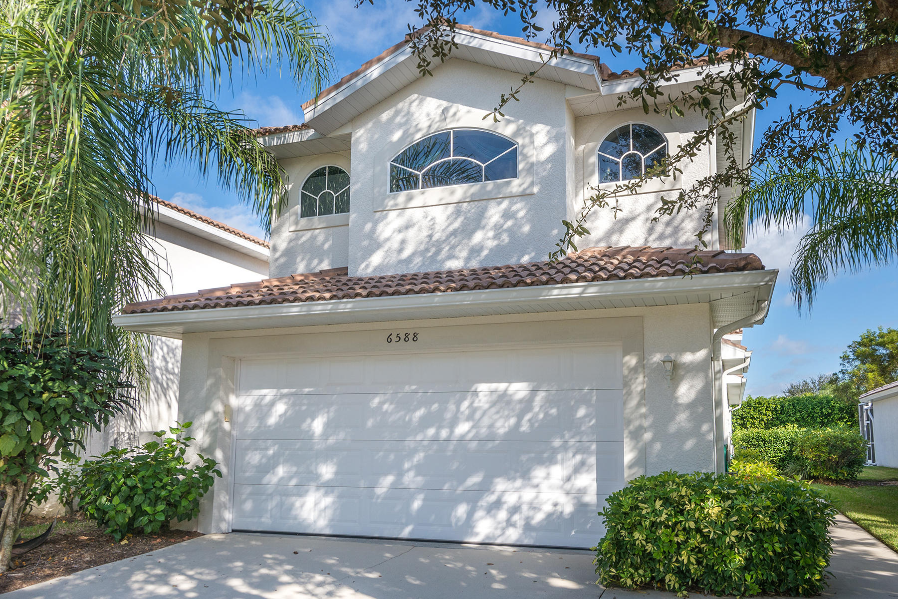 タウンハウス のために 売買 アット LELY RESORT - CALUMET RESERVE 6588 Castlelawn Pl Naples, フロリダ, 34113 アメリカ合衆国