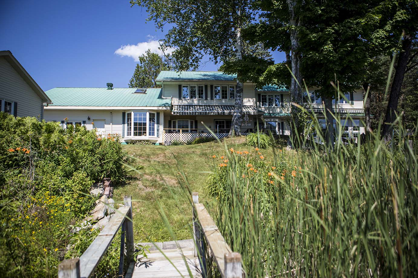 Additional photo for property listing at Alluring Adirondack Waterfront 5337  Route 374 Merrill, New York 12955 États-Unis