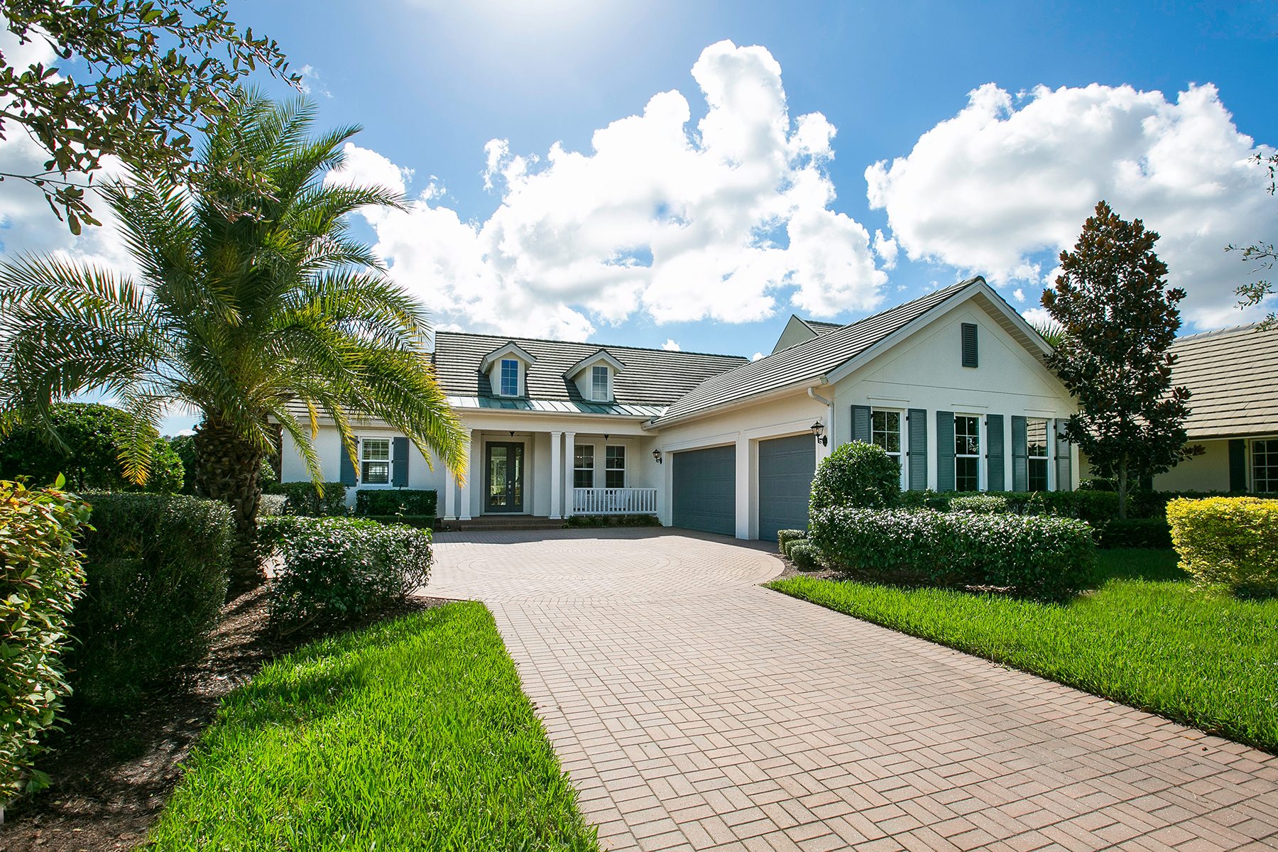 Single Family Home for Sale at THE FOUNDERS CLUB 8817 Colonels Ct Sarasota, Florida, 34240 United States