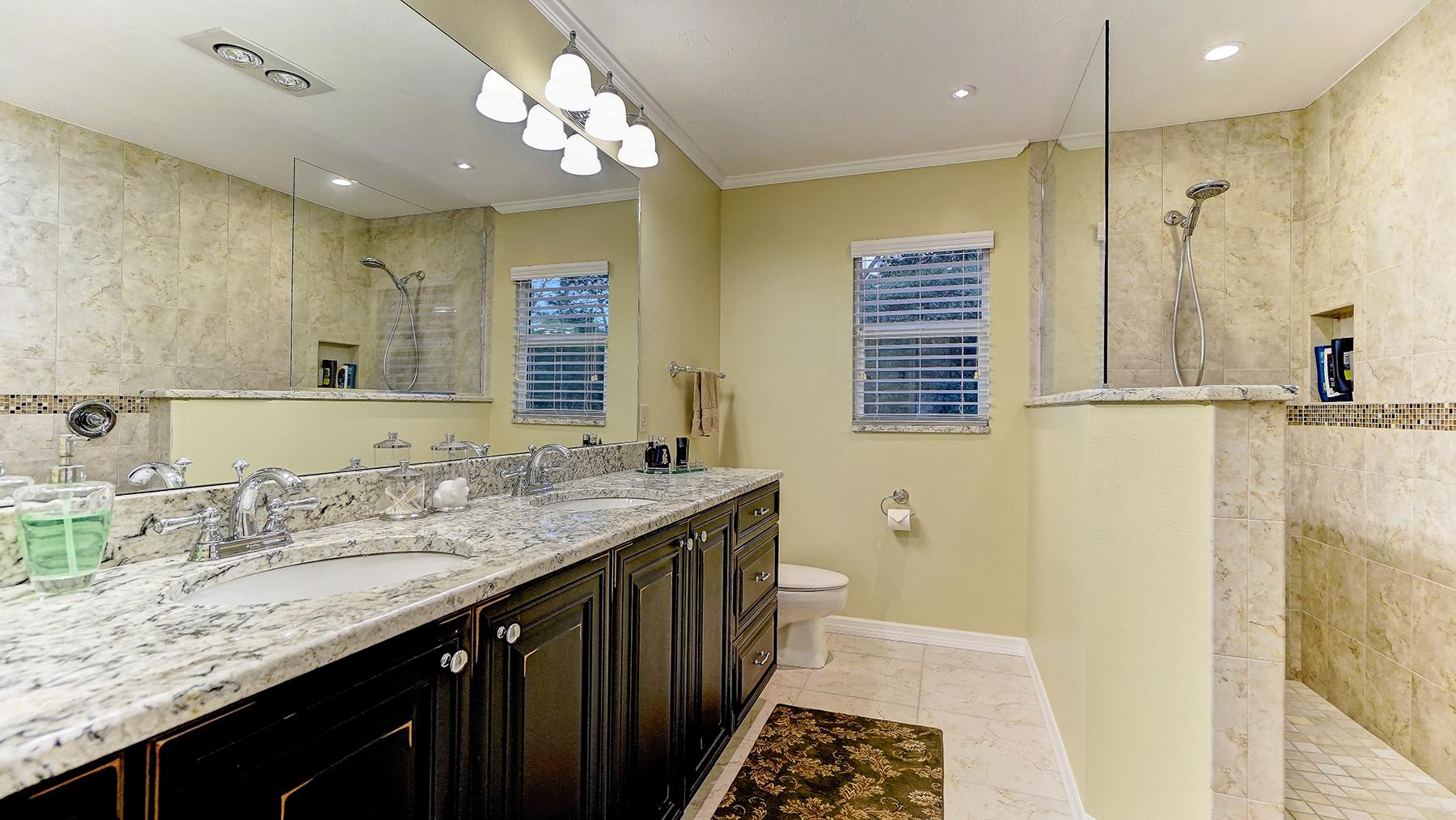 단독 가정 주택 용 매매 에 GATOR CREEK 6701 S Gator Creek Blvd Sarasota, 플로리다, 34241 미국