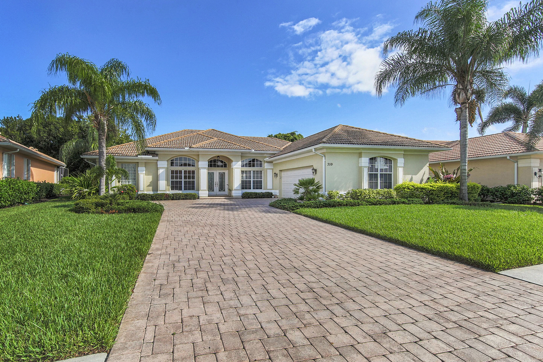 Single Family Home for Sale at SAWGRASS 359 Turtleback Venice, Florida, 34292 United States