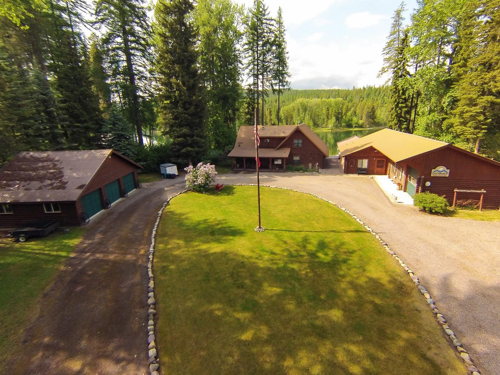 独户住宅 为 销售 在 1097 Mt Highway 209 , Bigfork, MT 59911 1097 Mt Highway 209 比格福克, 蒙大拿州, 59911 美国