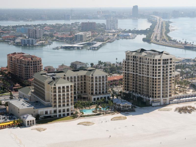 Condomínio para Venda às CLEARWATER BEACH 11 Baymont St 1406 Clearwater Beach, Florida, 33767 Estados Unidos