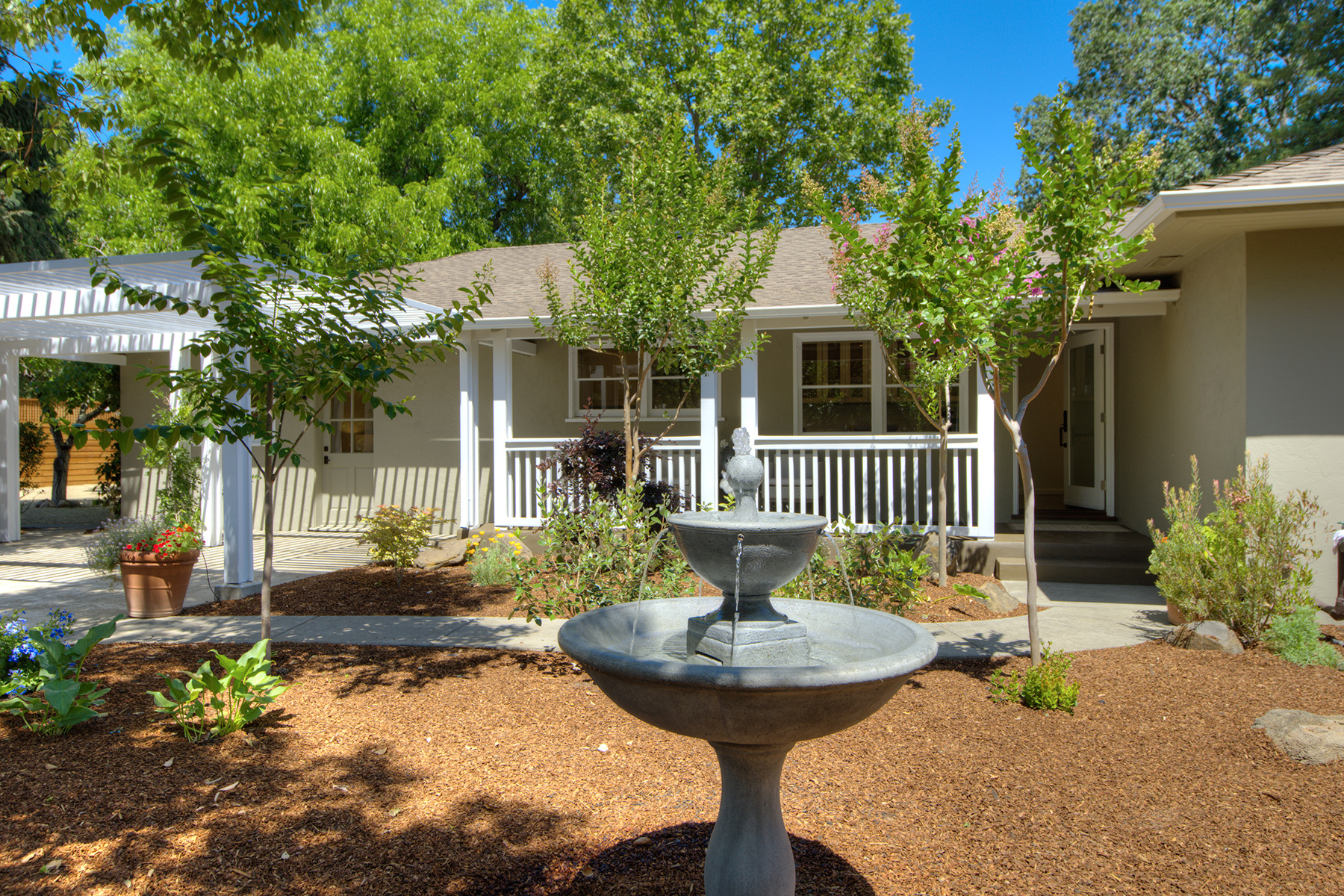 Single Family Home for Sale at 1434 Grayson Ave, St. Helena, CA 94574 1434 Grayson Ave St. Helena, California 94574 United States