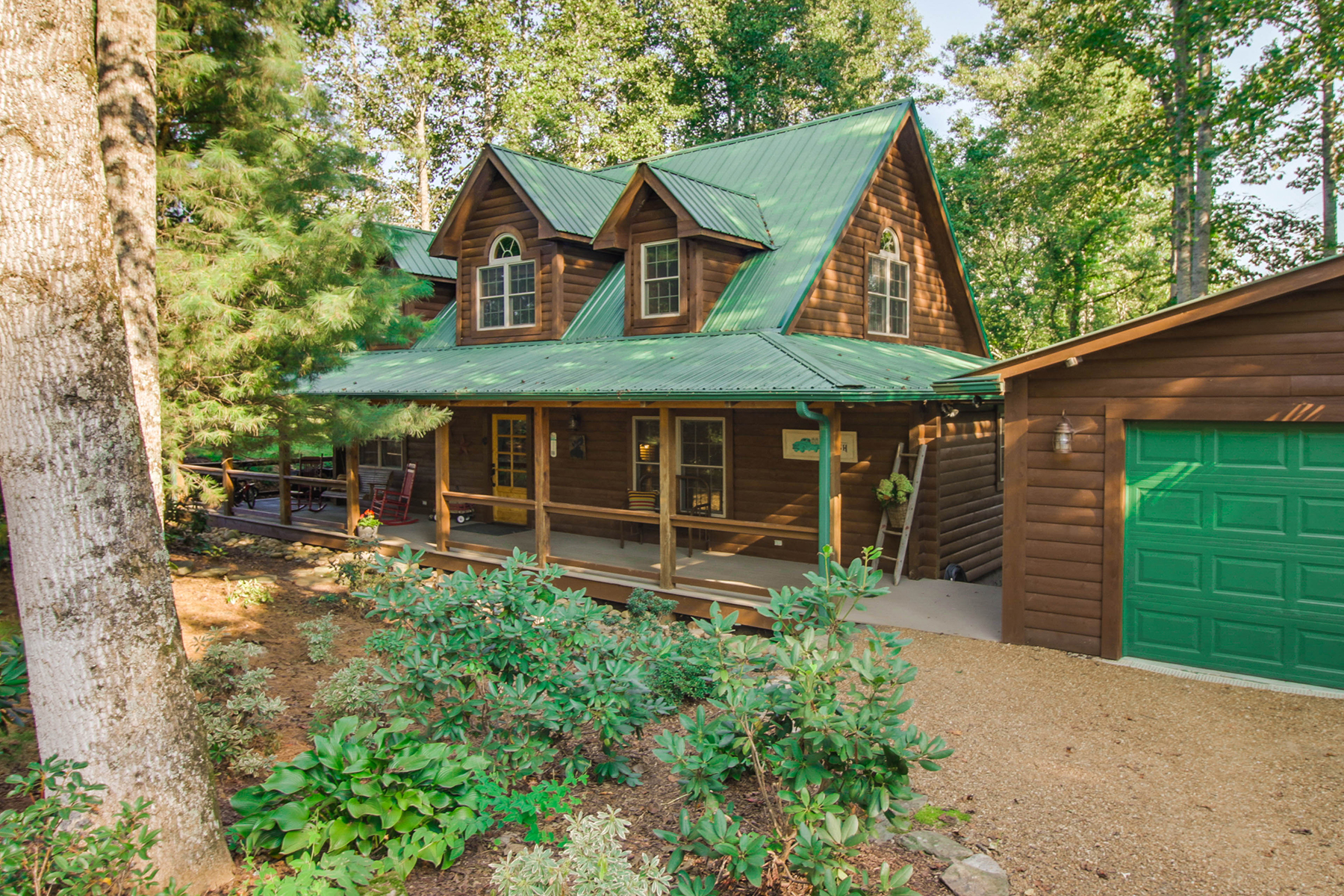 Single Family Home for Sale at OLETA FALLS 107 Stone Valley Way Hendersonville, North Carolina, 28792 United States