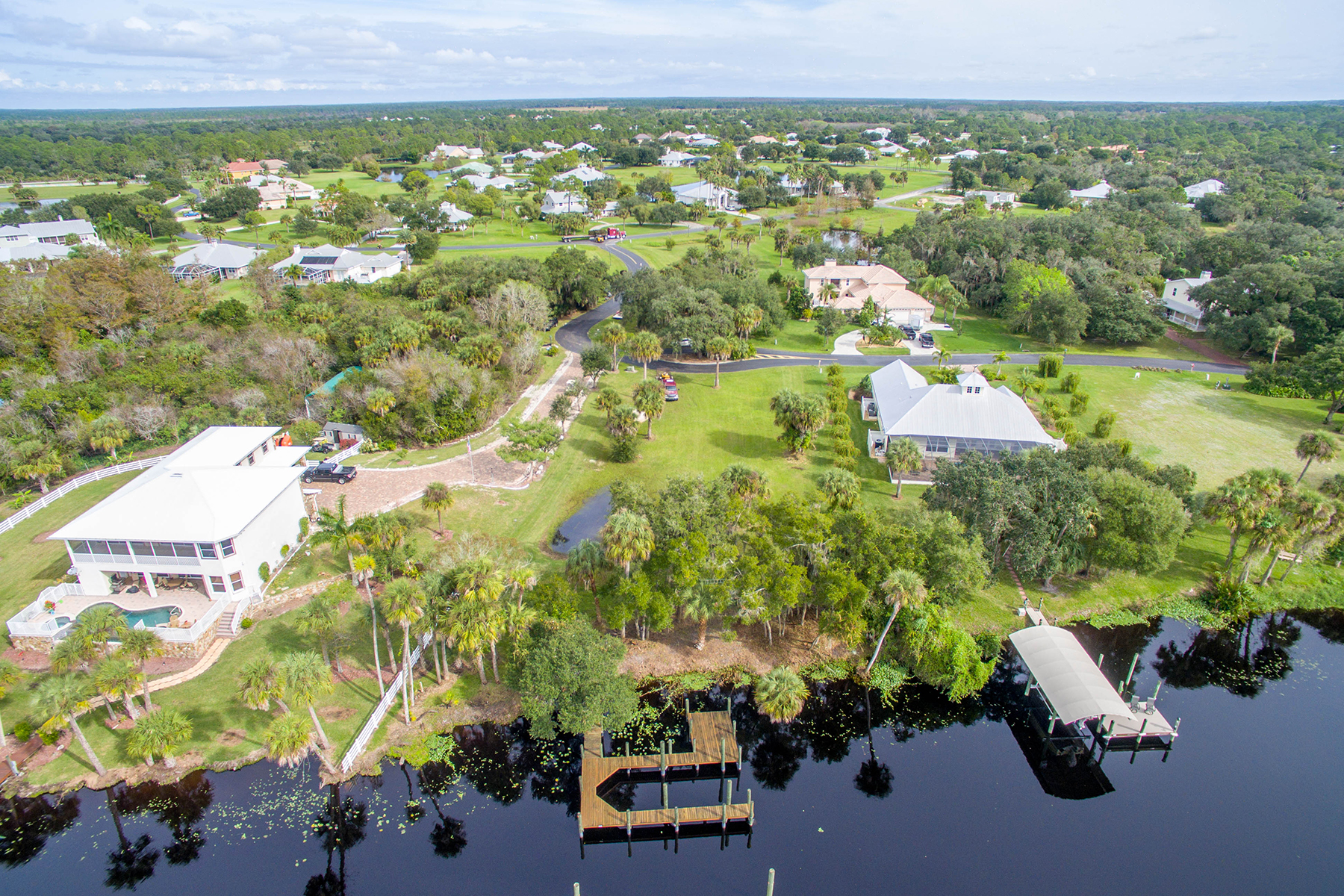 Land for Sale at ALVA 16420 Oakview Cir, Alva, Florida 33920 United States