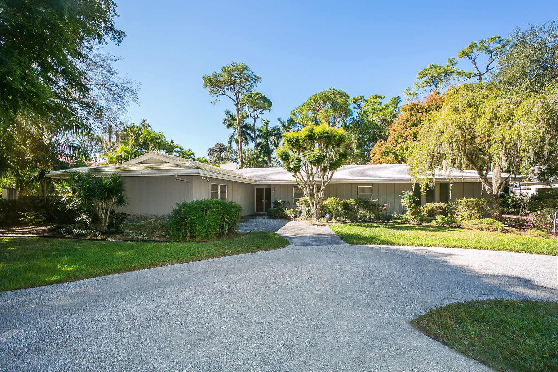 Single Family Home for Sale at SARASOTA 4530 Camino Real Sarasota, Florida, 34231 United States