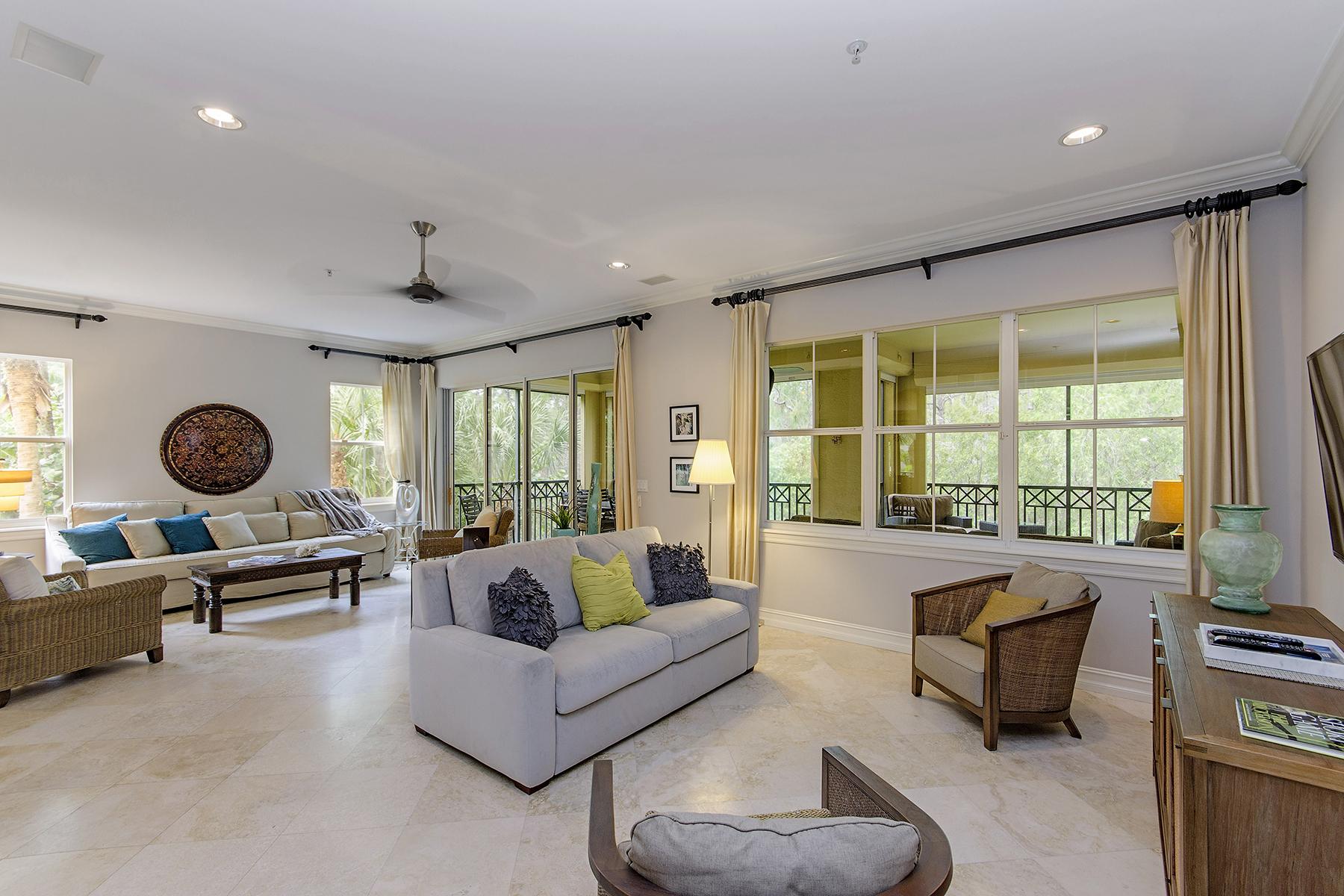 共管式独立产权公寓 为 销售 在 Naples 2805 Tiburon Blvd E 1-102 那不勒斯, 佛罗里达州, 34109 美国
