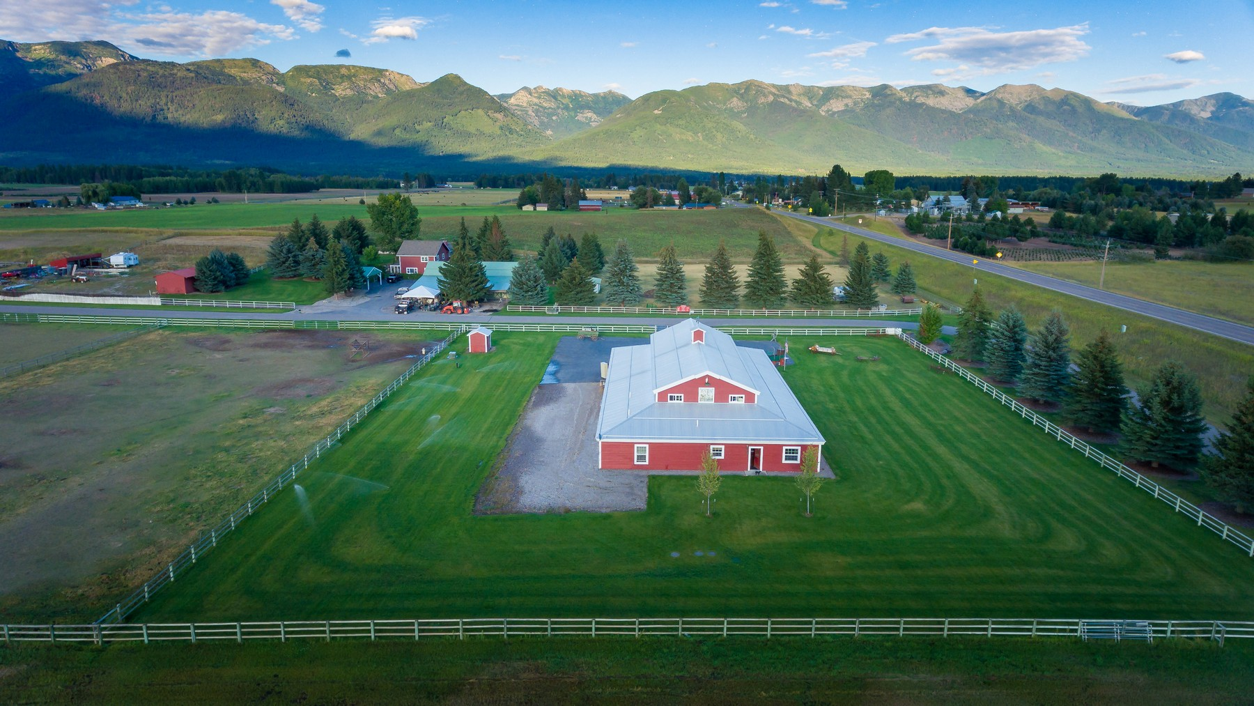 Additional photo for property listing at 150 Hill Road, Bigfork, MT 59911 150  Hill Rd Bigfork, Montana 59911 United States