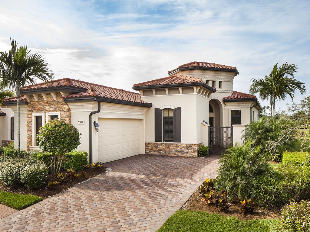 Maison unifamiliale pour l Vente à TREVISO BAY-VERCELLI 9301 Vercelli Ct Naples, Florida, 34113 États-Unis