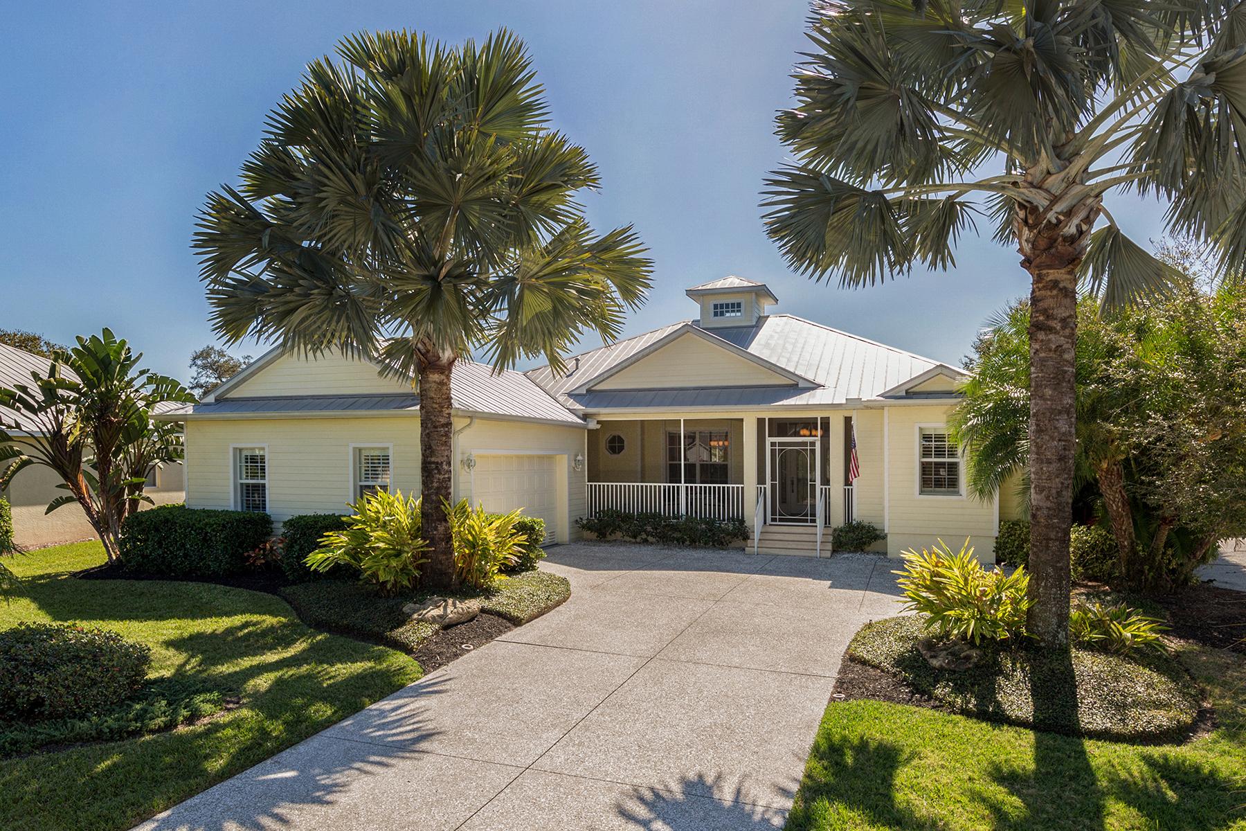 Casa para uma família para Venda às SHAKETT ISLAND 881 Hillcrest Dr Nokomis, Florida, 34275 Estados Unidos