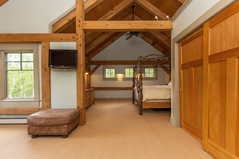 Additional photo for property listing at Traditional Pine Timber Framed Home 51  Mountain Path 约翰斯堡, 纽约州 12853 美国