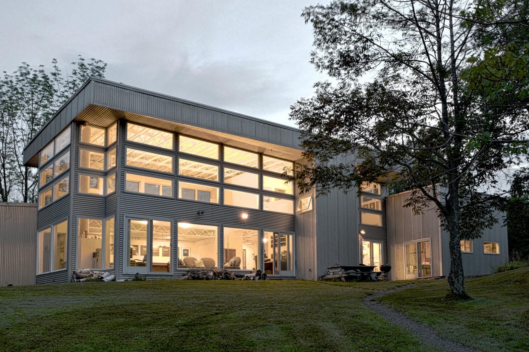 Maison unifamiliale pour l Vente à Panoramic 4 State View 1028 Sutton Rd Durham, New York 12418 États-Unis