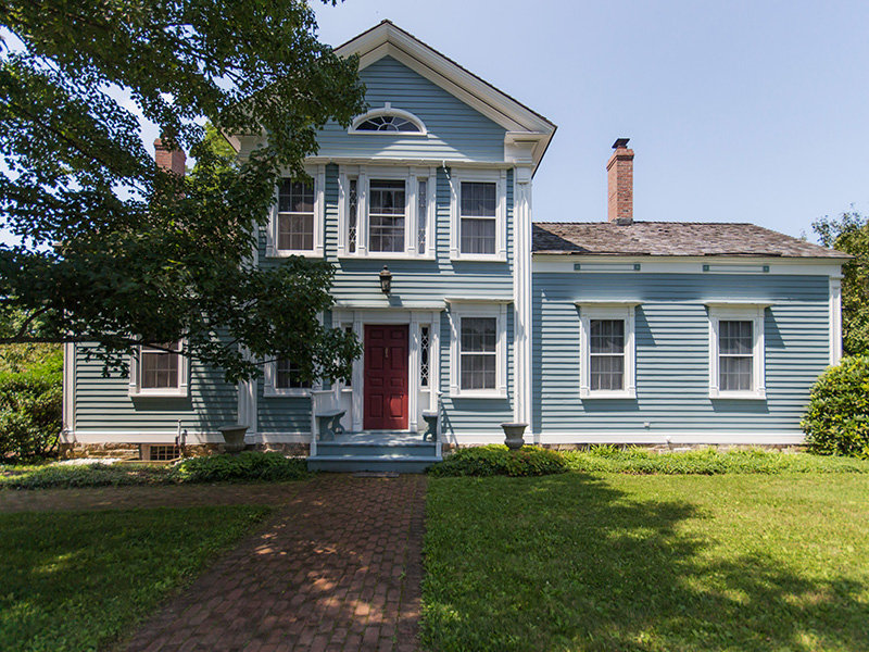 Maison unifamiliale pour l Vente à Federal Period Home 305 Bunker Hill Rd North Chatham, New York 12132 États-Unis