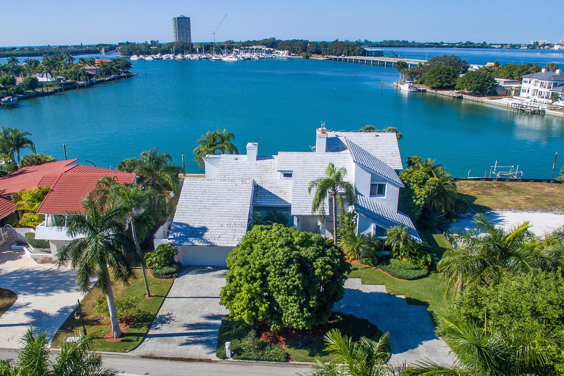 Casa para uma família para Venda às BIRD KEY 216 Bird Key Dr Bird Key, Sarasota, Florida, 34236 Estados Unidos