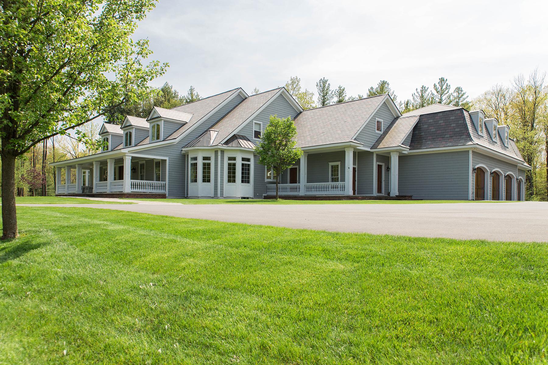 Casa Unifamiliar por un Venta en Slingerlands Estate 47 Talon Dr Slingerlands, Nueva York 12159 Estados Unidos