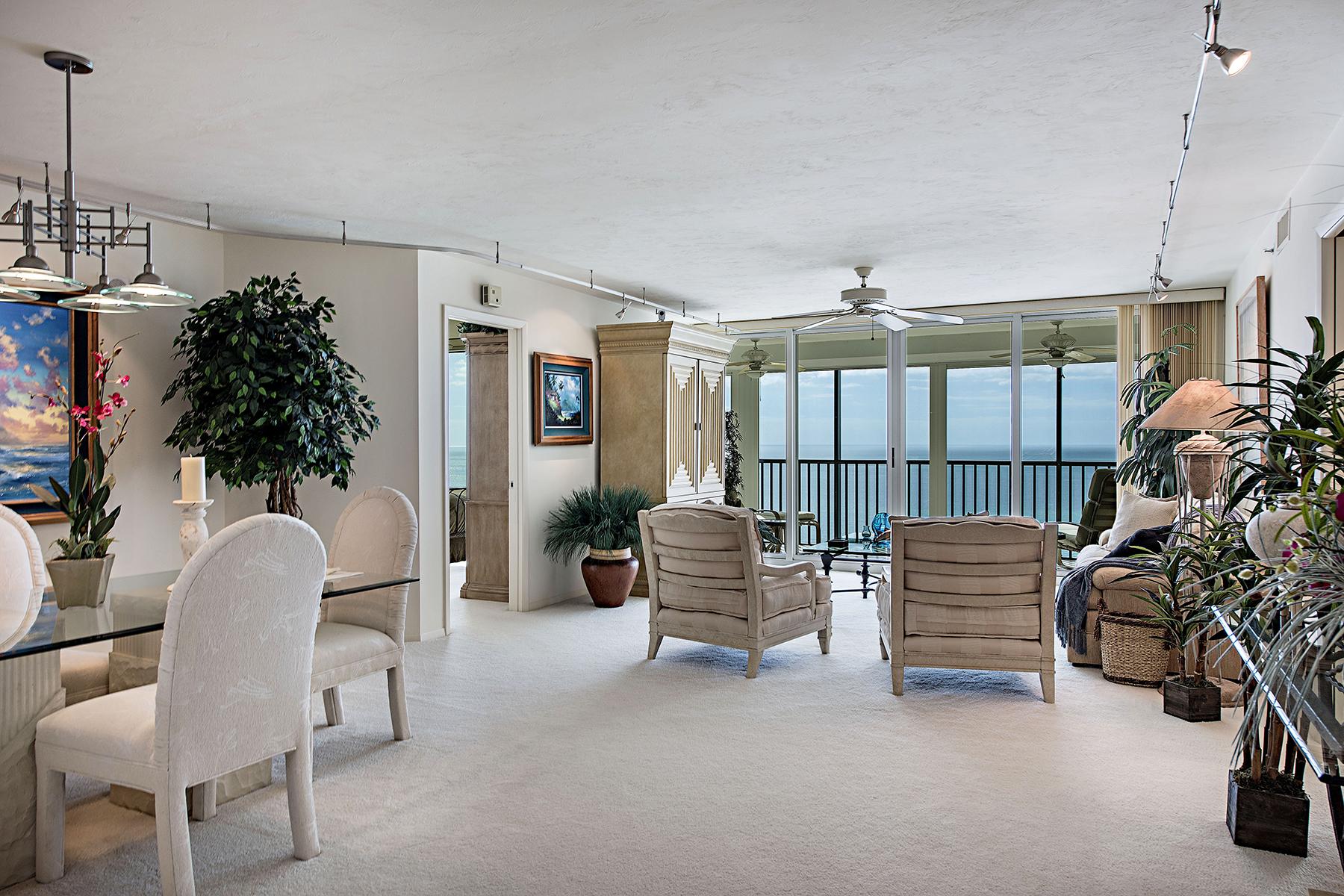 콘도미니엄 용 매매 에 PARK SHORE - VISTAS 4651 Gulf Shore Blvd N 1402 Naples, 플로리다, 34103 미국