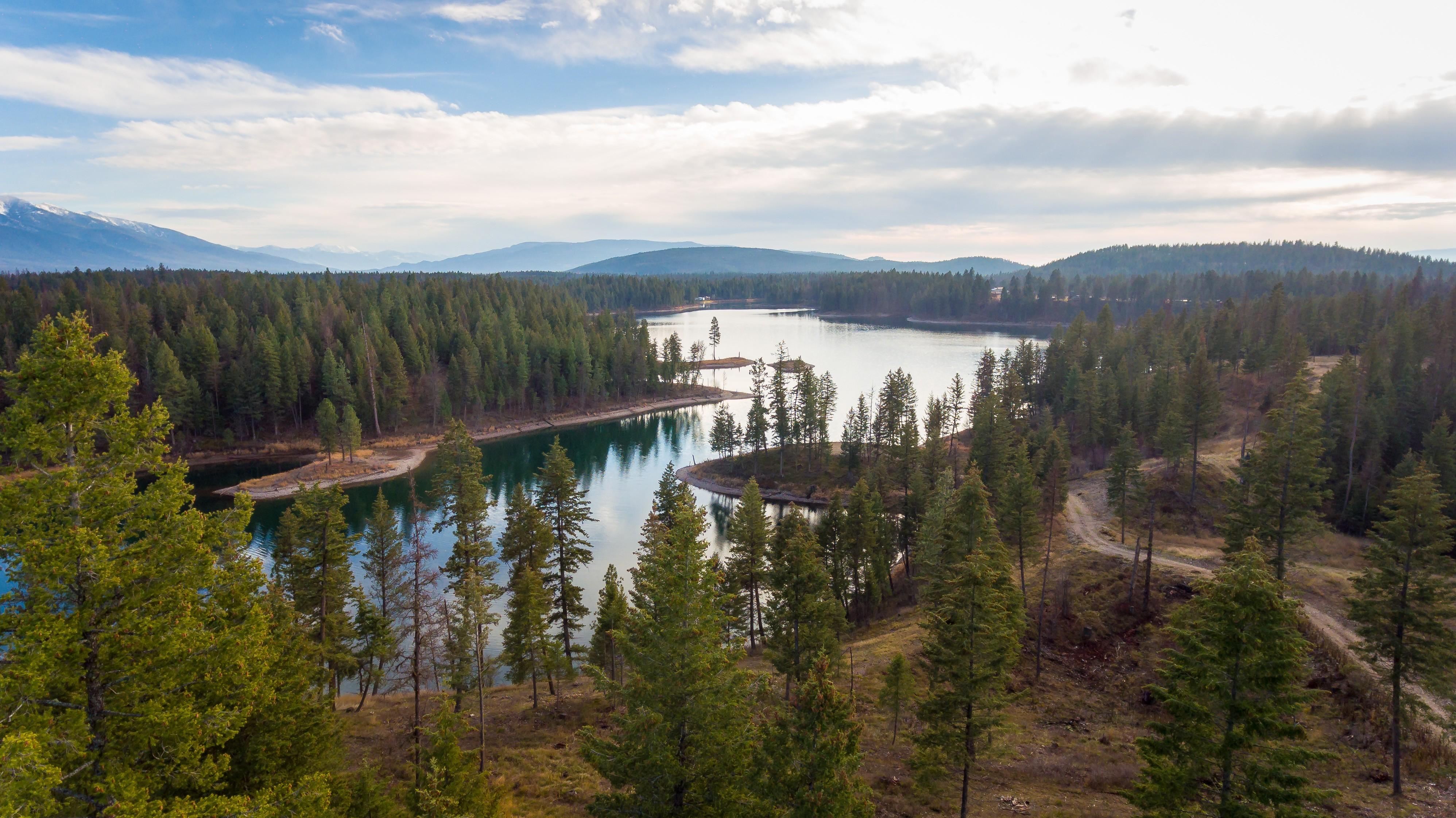 토지 용 매매 에 Petersen Lake Nhn Echo Lake Trl Bigfork, 몬타나, 59911 미국