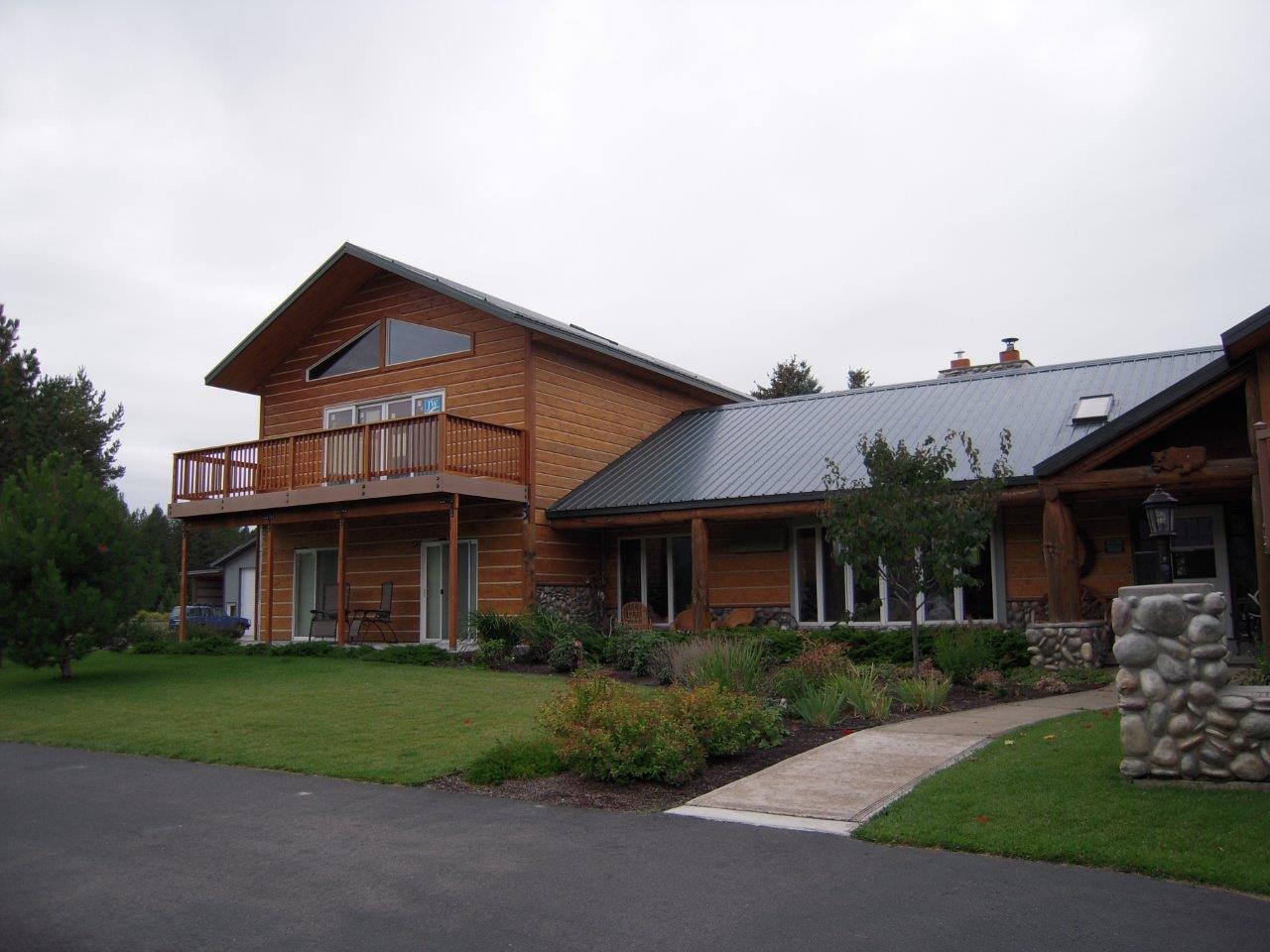 Additional photo for property listing at Badrock B&B 480  Badrock Dr Columbia Falls, Montana 59912 United States