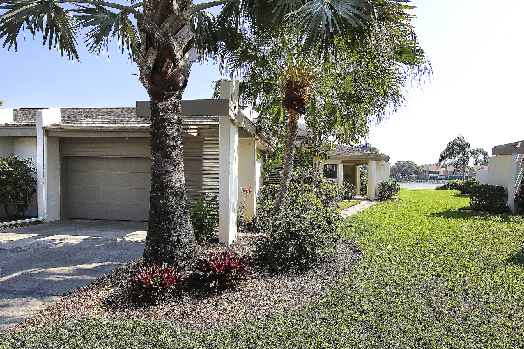 Single Family Home for Sale at THE FOREST - EAGLES LANDING 16588 Timberlakes Dr 1 Fort Myers, Florida, 33908 United States