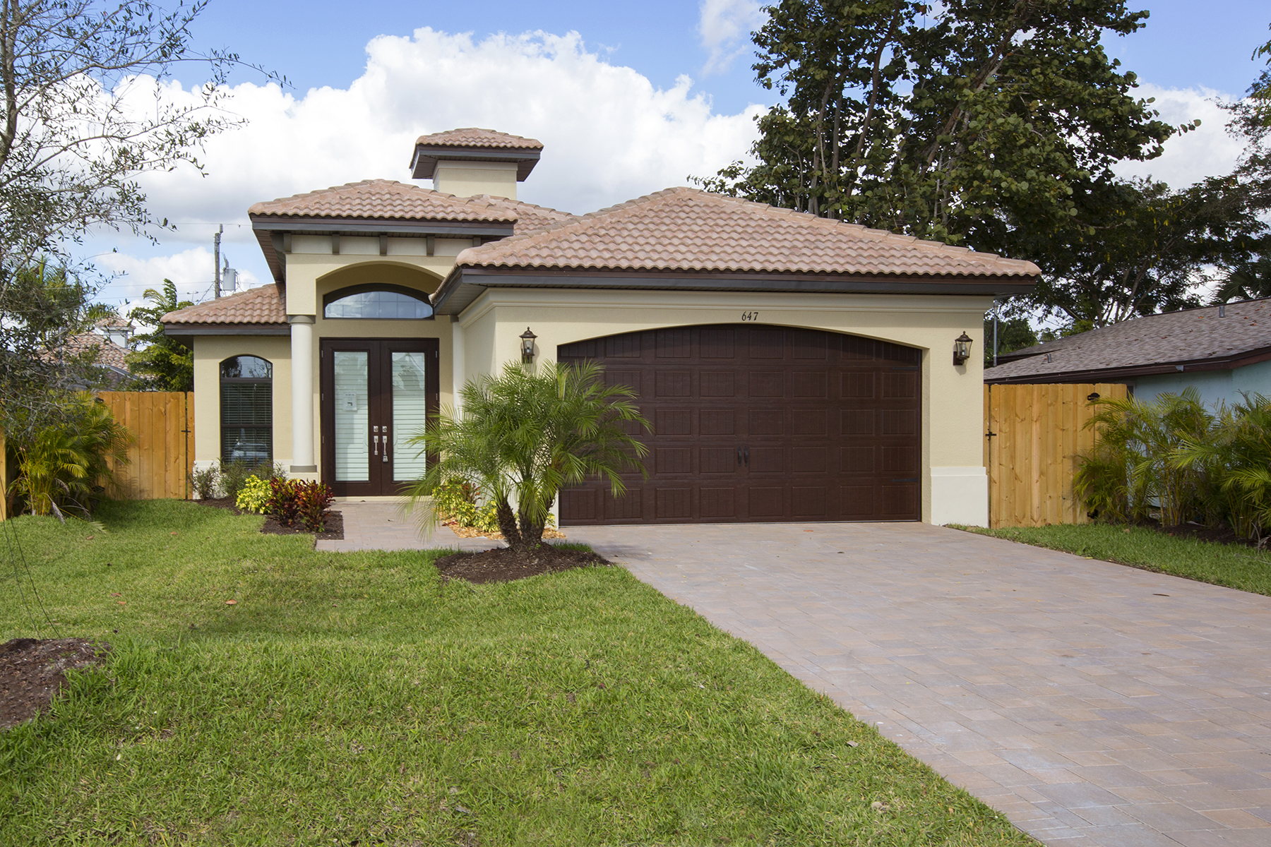 Single Family Home for Sale at NAPLES PARK 647 108th Ave N, Naples, Florida 34108 United States