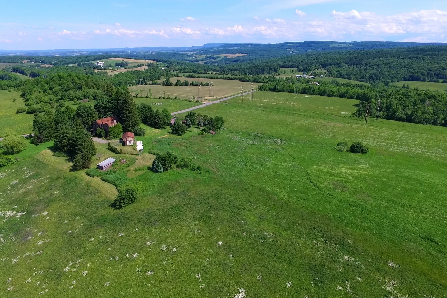 Additional photo for property listing at Beautiful Manor Home 295  Fiery Hill Rd Fort Plain, New York 13339 United States
