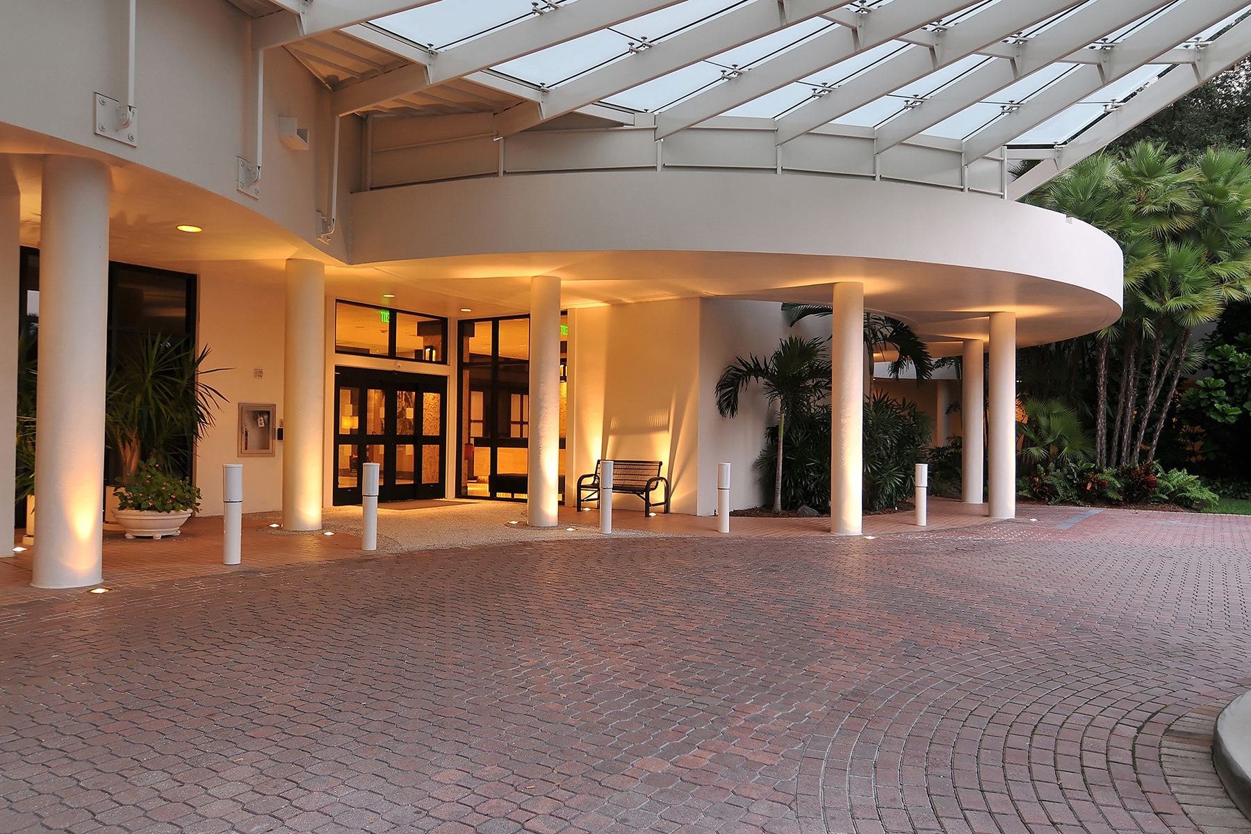 Condominium for Sale at BAY PLAZA 1255 N Gulfstream Ave 1002 Sarasota, Florida, 34236 United States
