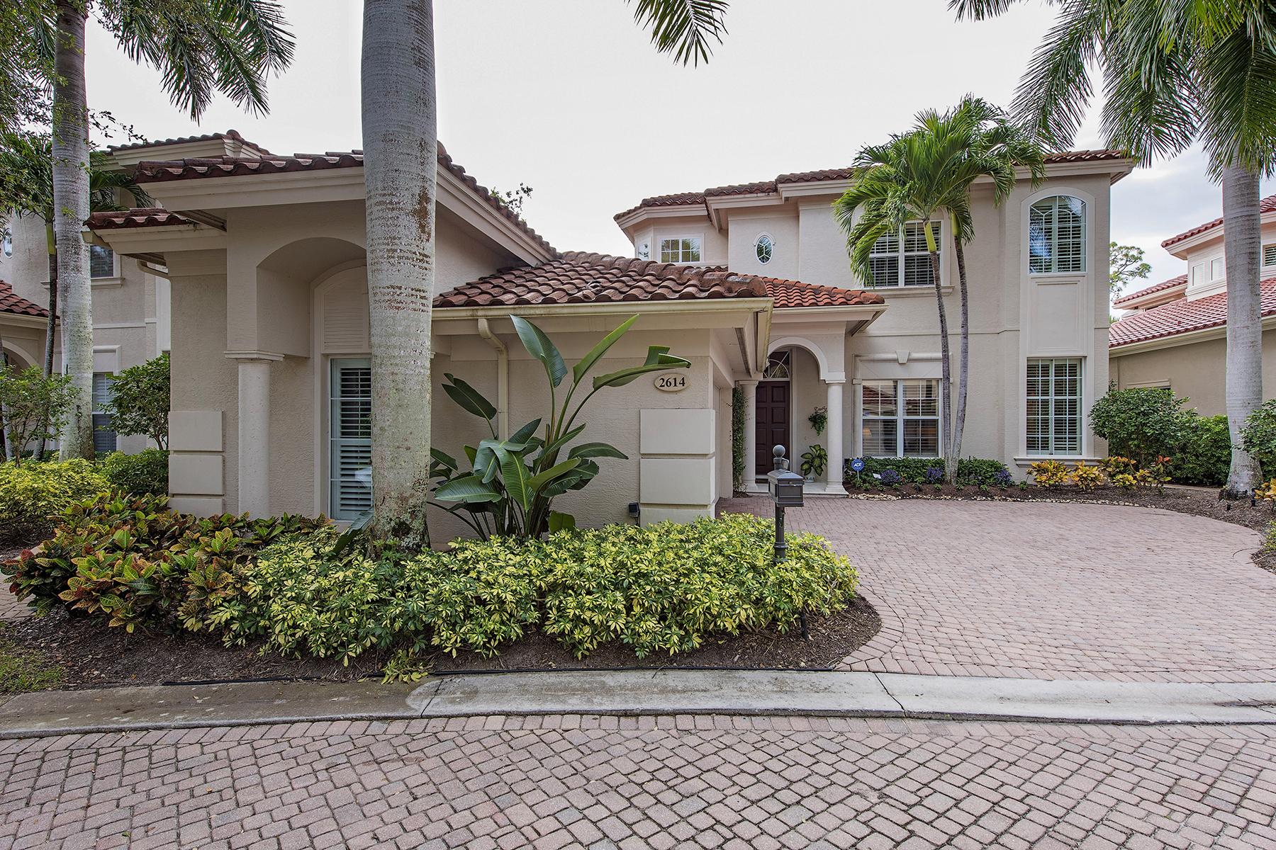 Maison unifamiliale pour l Vente à GREY OAKS - L'ERMITAGE AT GREY OAKS 2614 Lermitage Ln Naples, Florida, 34105 États-Unis
