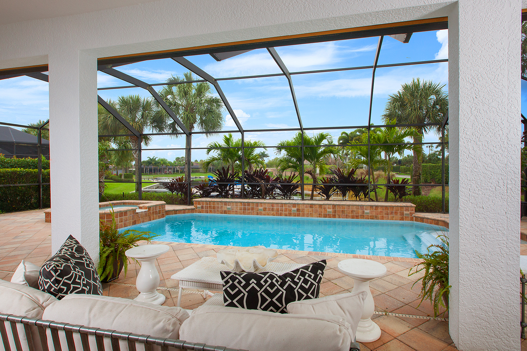 Single Family Home for Sale at QUARRY - SPINNER COVE LANE 8805 Spinner Cove Ln Naples, Florida, 34120 United States