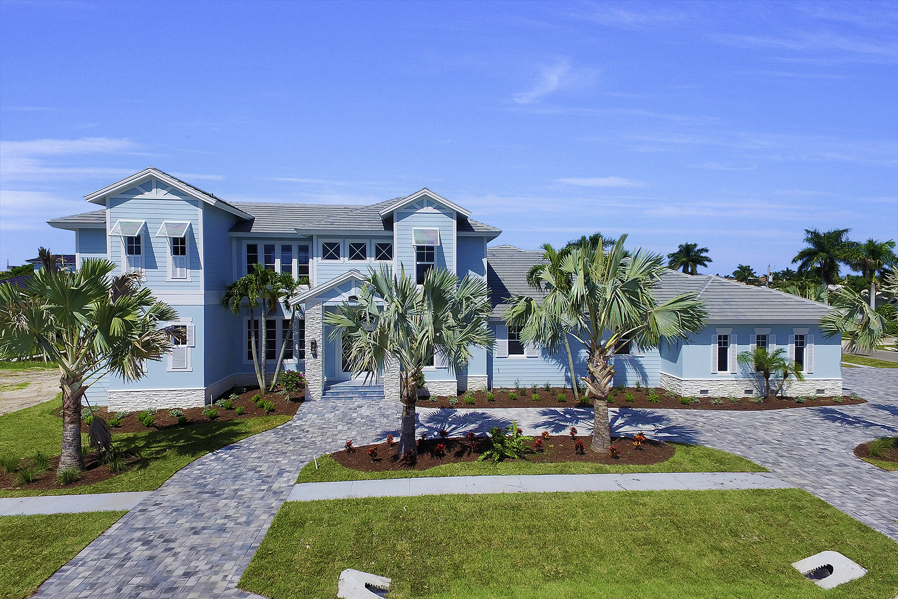 Single Family Home for Sale at MARCO ISLAND 356 S Heathwood Dr, Marco Island, Florida 34145 United States