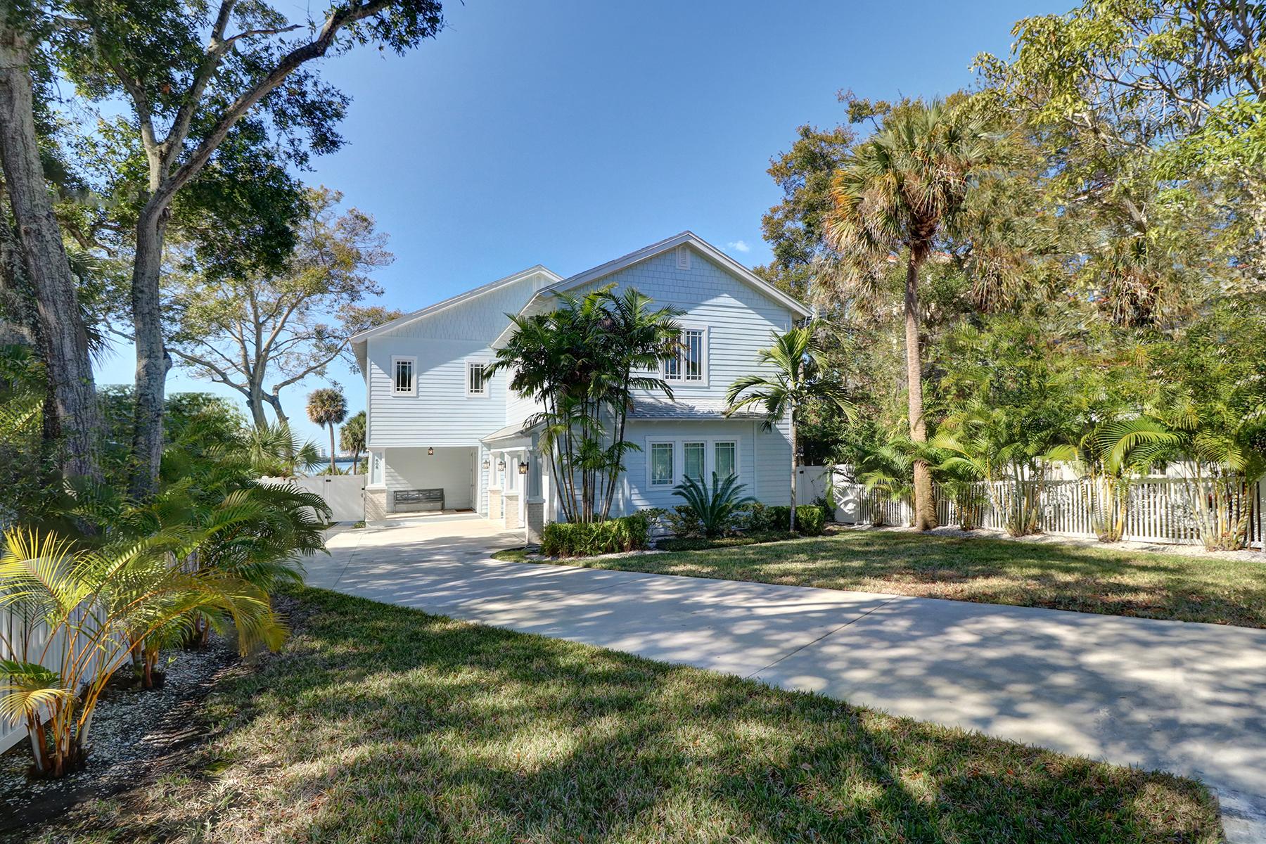 Vivienda unifamiliar por un Venta en CLEARWATER 608 N Osceola Ave Clearwater, Florida, 33755 Estados Unidos