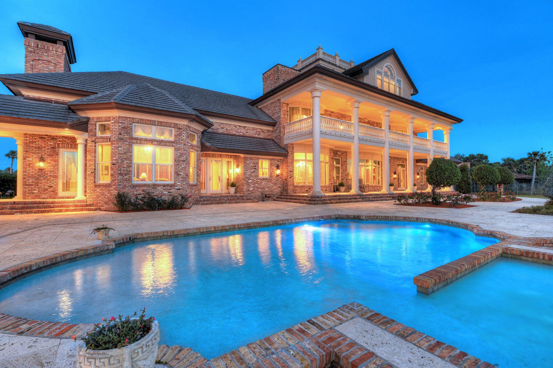 Additional photo for property listing at SPRUCE CREEK AND THE BEACHES - DAYTONA BEACH 1924 S Peninsula Dr,  Daytona Beach, Florida 32118 United States