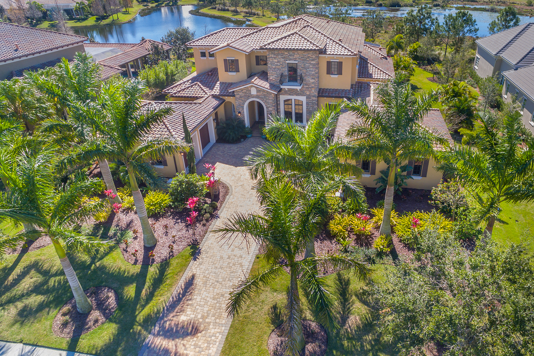 Single Family Home for Sale at THE LAKE CLUB 16116 Clearlake Ave, Lakewood Ranch, Florida, 34202 United States