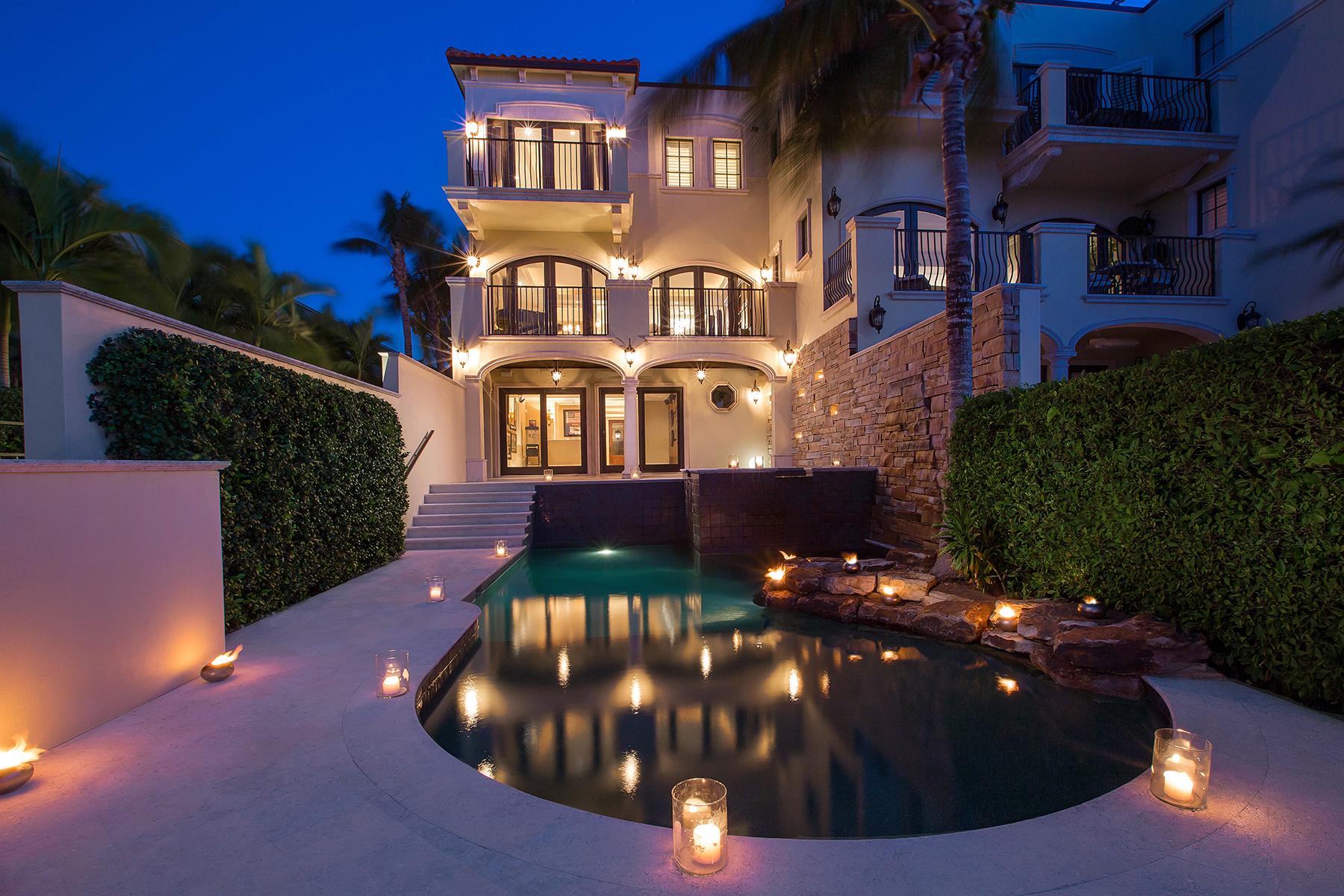 Таунхаус для того Продажа на Vista Royale 271 Harbour Dr 1, Naples, Флорида 34103 Соединенные Штаты