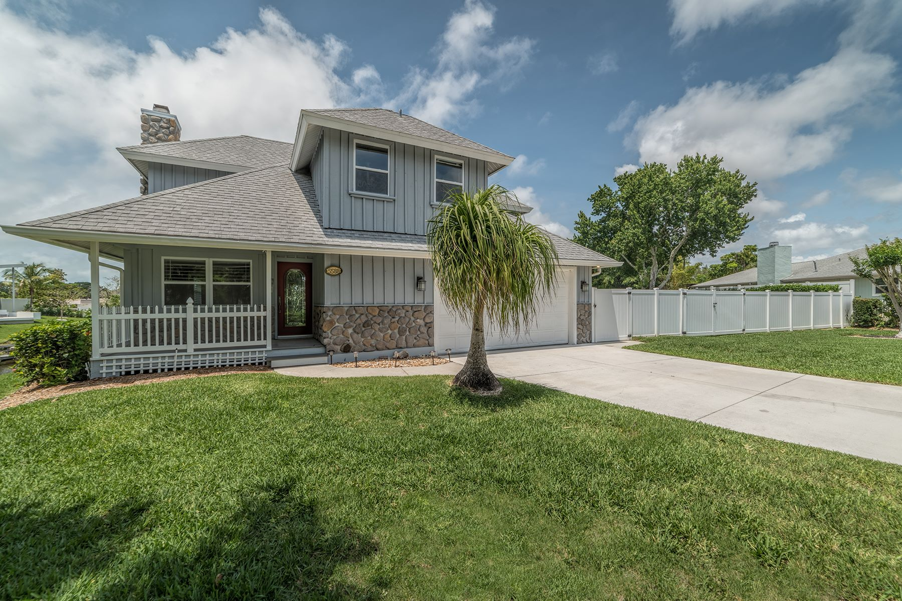 Single Family Home for Sale at PHILLIPI GARDENS 5588 Ships Channel Cir Sarasota, Florida, 34231 United States