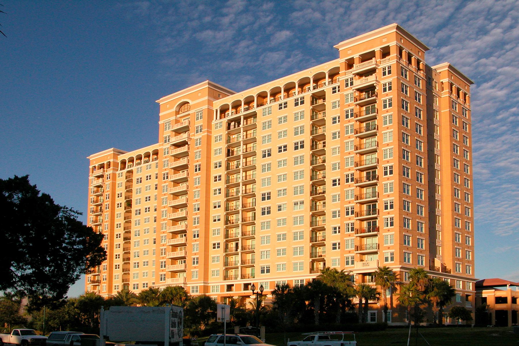 共管物業 為 出售 在 RENAISSANCE 750 N Tamiami Trl 401, Sarasota, 佛羅里達州, 34236 美國