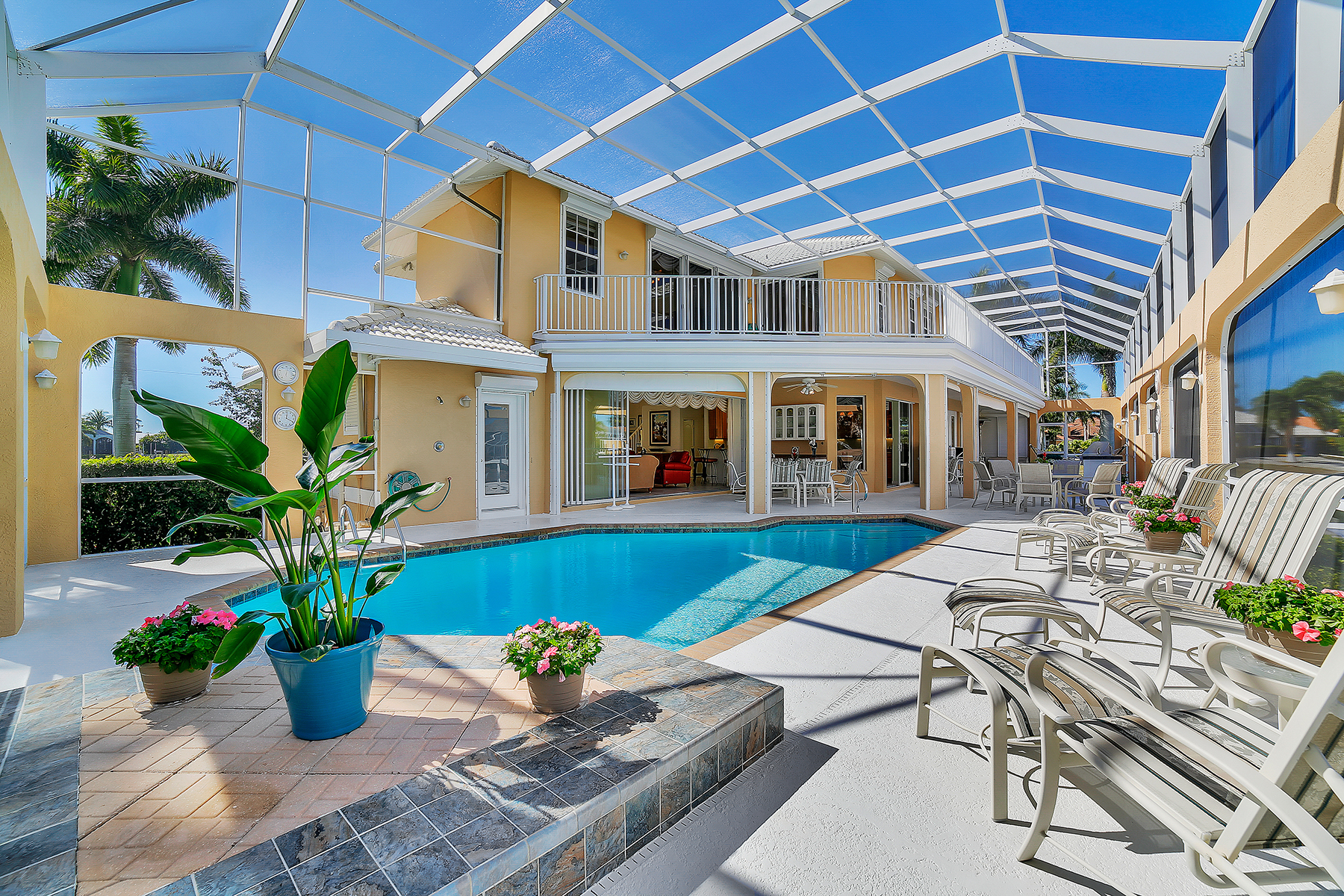 Single Family Home for Sale at MARCO ISLAND 227 Edgewater Ct Marco Island, Florida, 34145 United States
