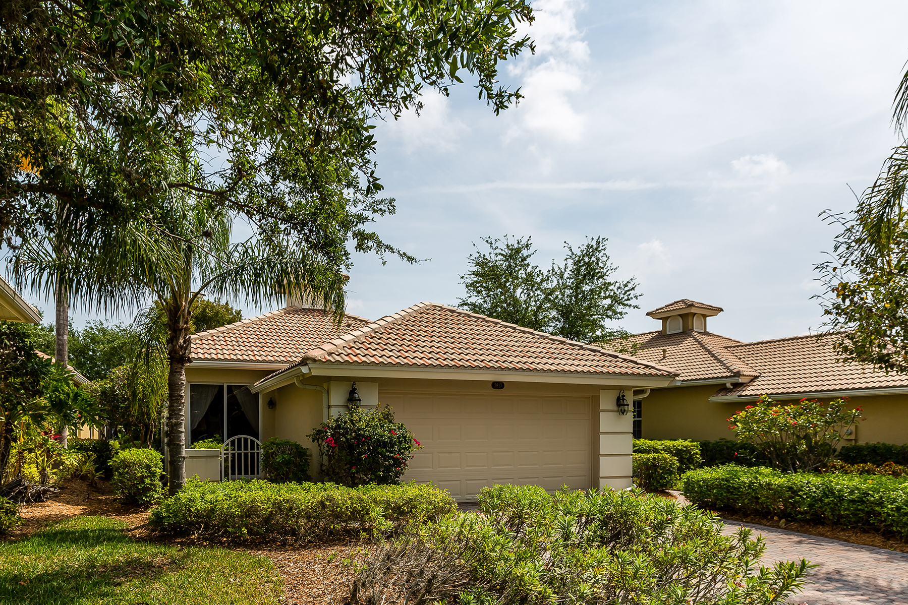 Single Family Home for Sale at FIDDLERS CREEK 3817 Cotton Green Path Dr Naples, Florida, 34114 United States