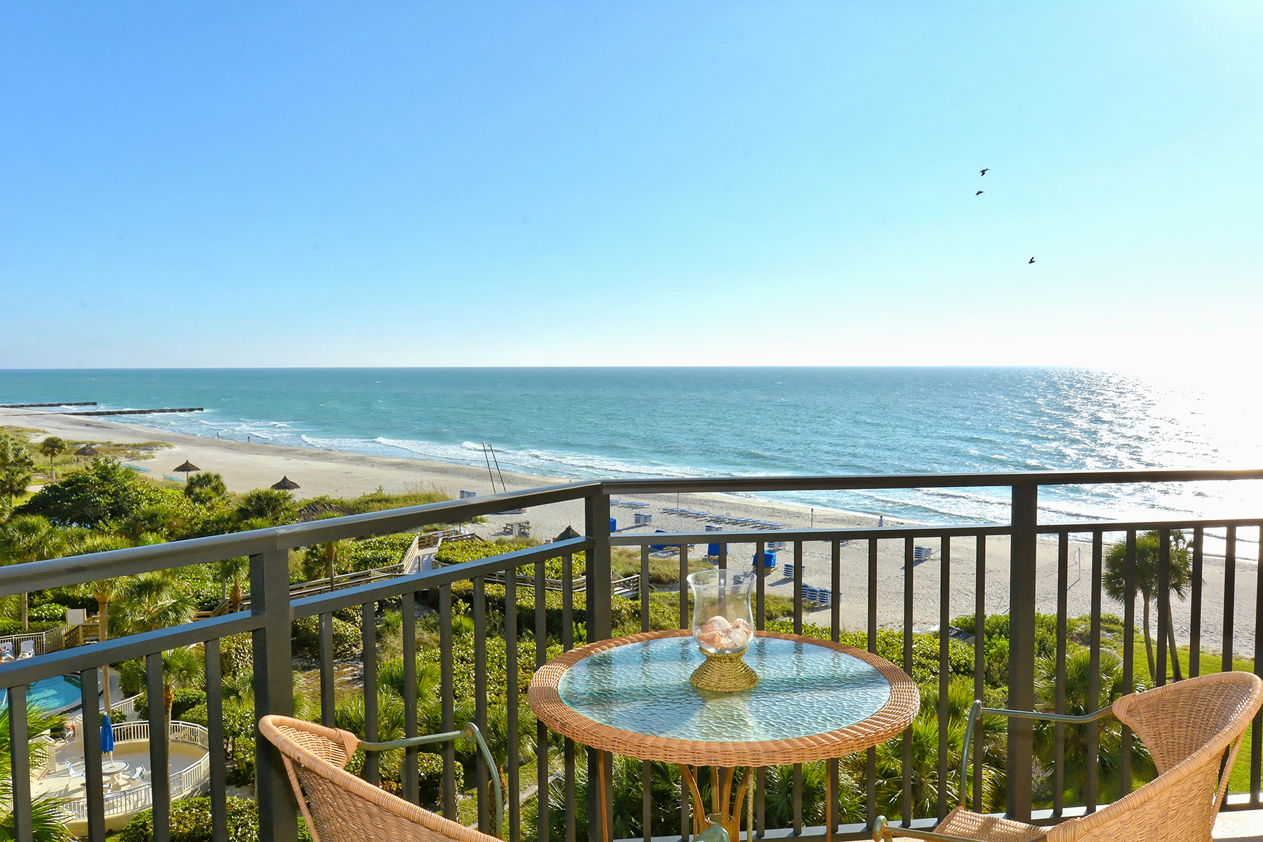 Condominium for Sale at ISLANDS WEST 2525 Gulf Of Mexico Dr 6C Longboat Key, Florida, 34228 United States