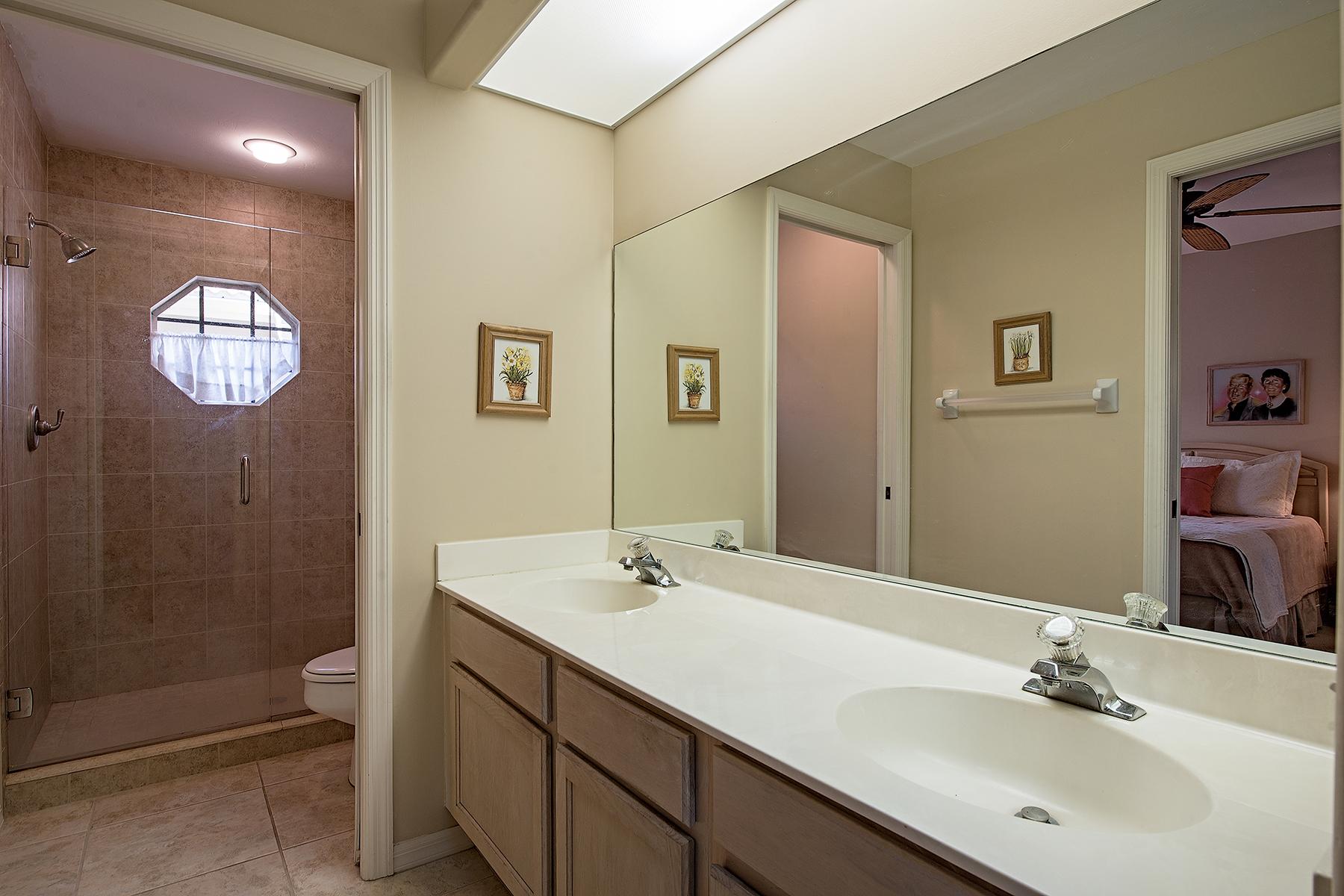 Additional photo for property listing at WORTHINGTON 28008  Cavendish Ct 4902,  Bonita Springs, Florida 34135 United States