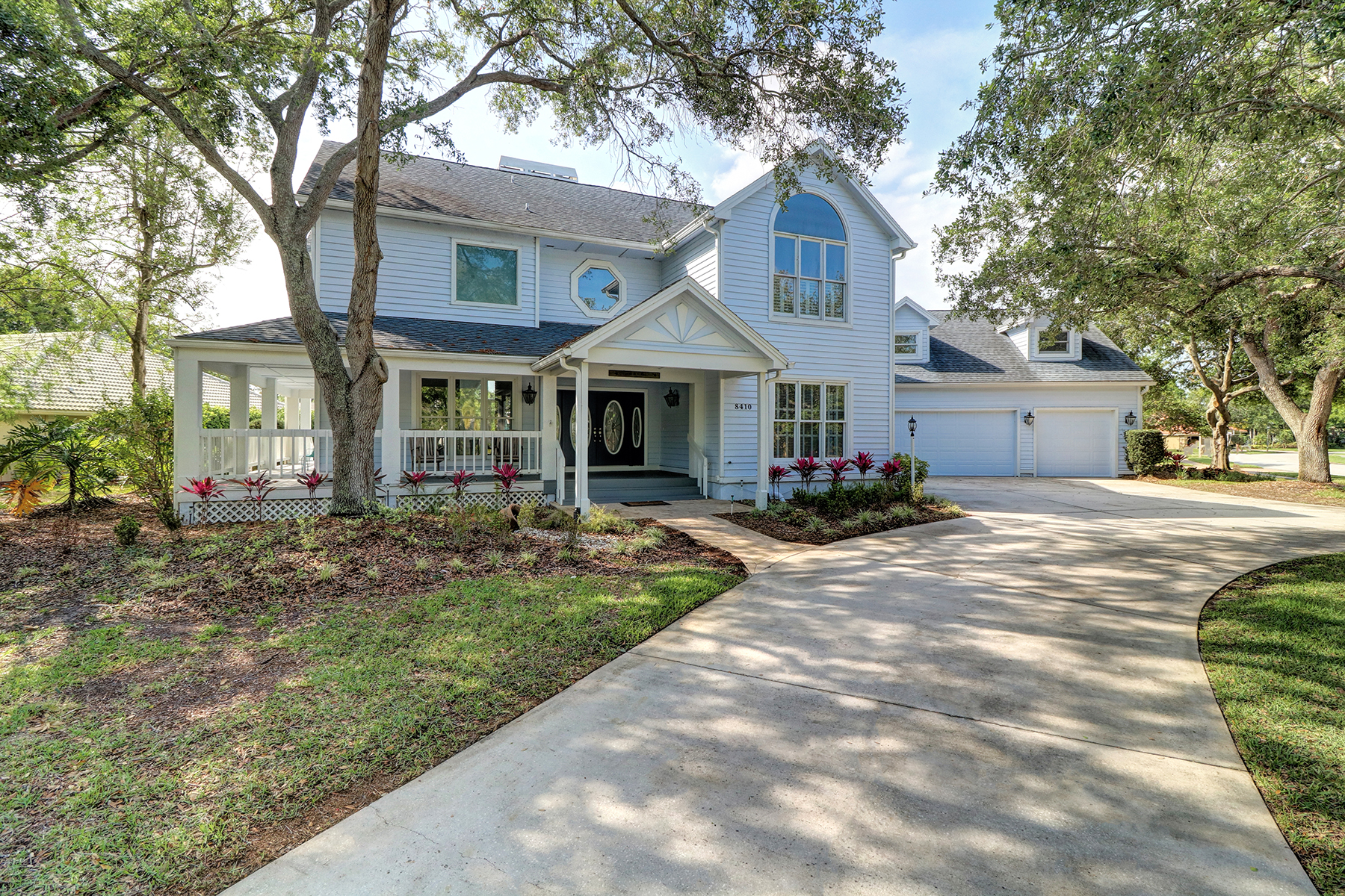 Casa Unifamiliar por un Venta en SEMINOLE 8410 Meadowbrook Dr Seminole, Florida, 33777 Estados Unidos