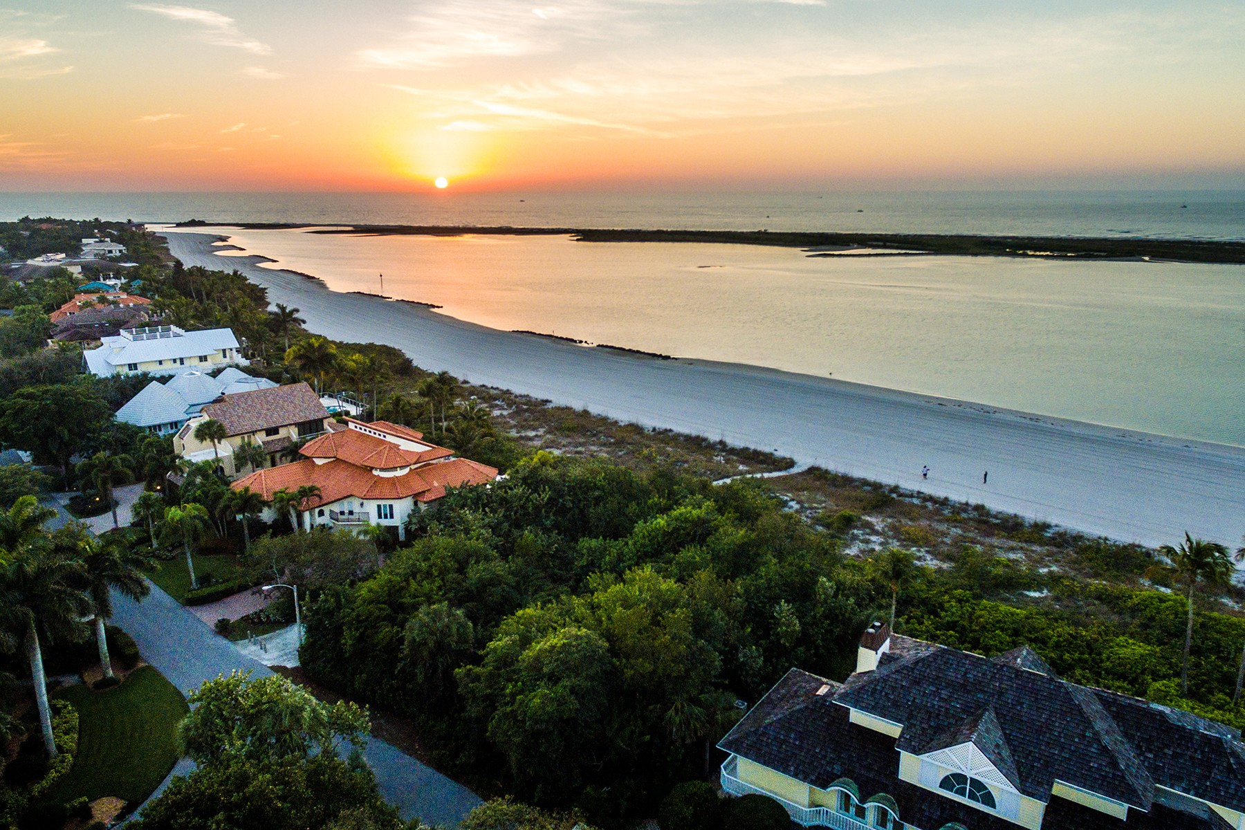sales property at 350 Seabreeze Dr , Marco Island, FL 34145