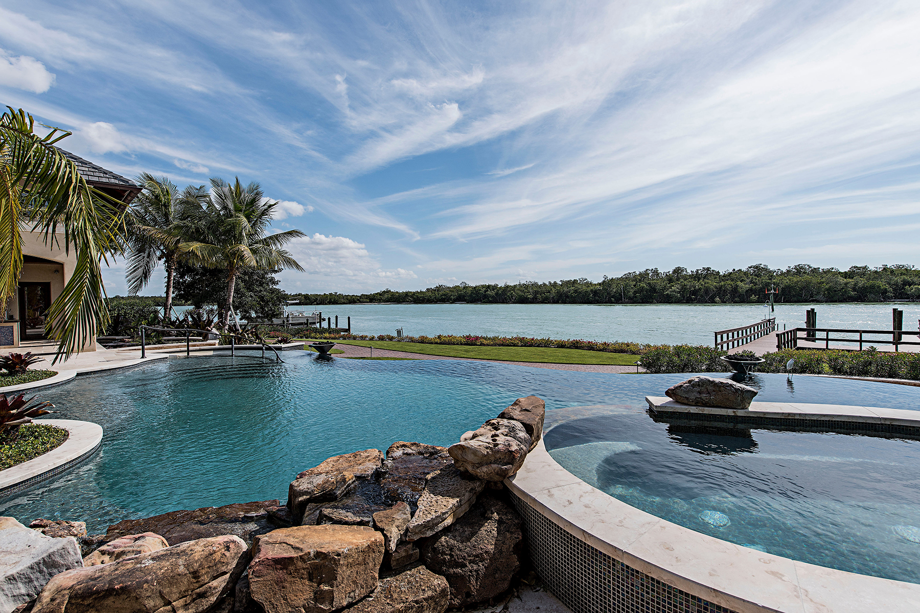 Additional photo for property listing at Port Royal 840  Admiralty Parade,  Naples, Florida 34102 United States