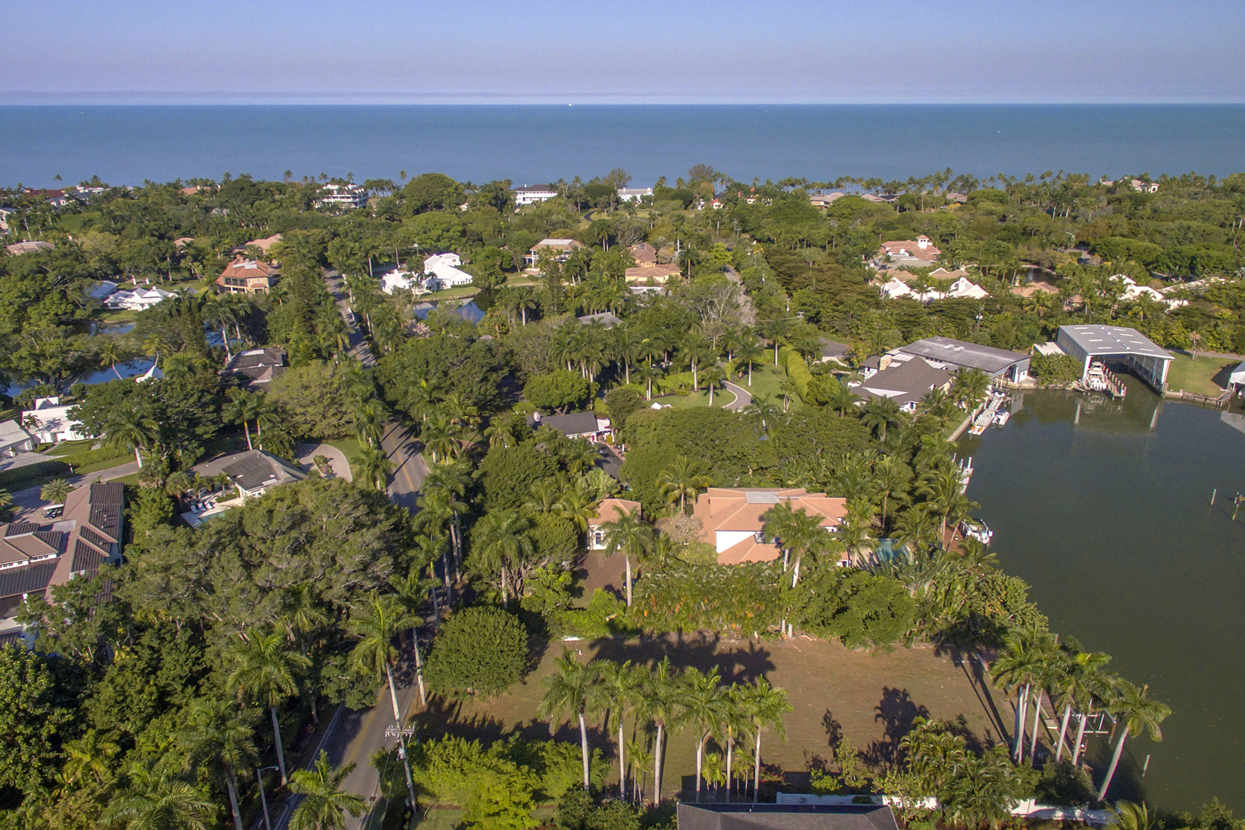 Terreno por un Venta en PORT ROYAL 475 Galleon Dr Naples, Florida, 34102 Estados Unidos