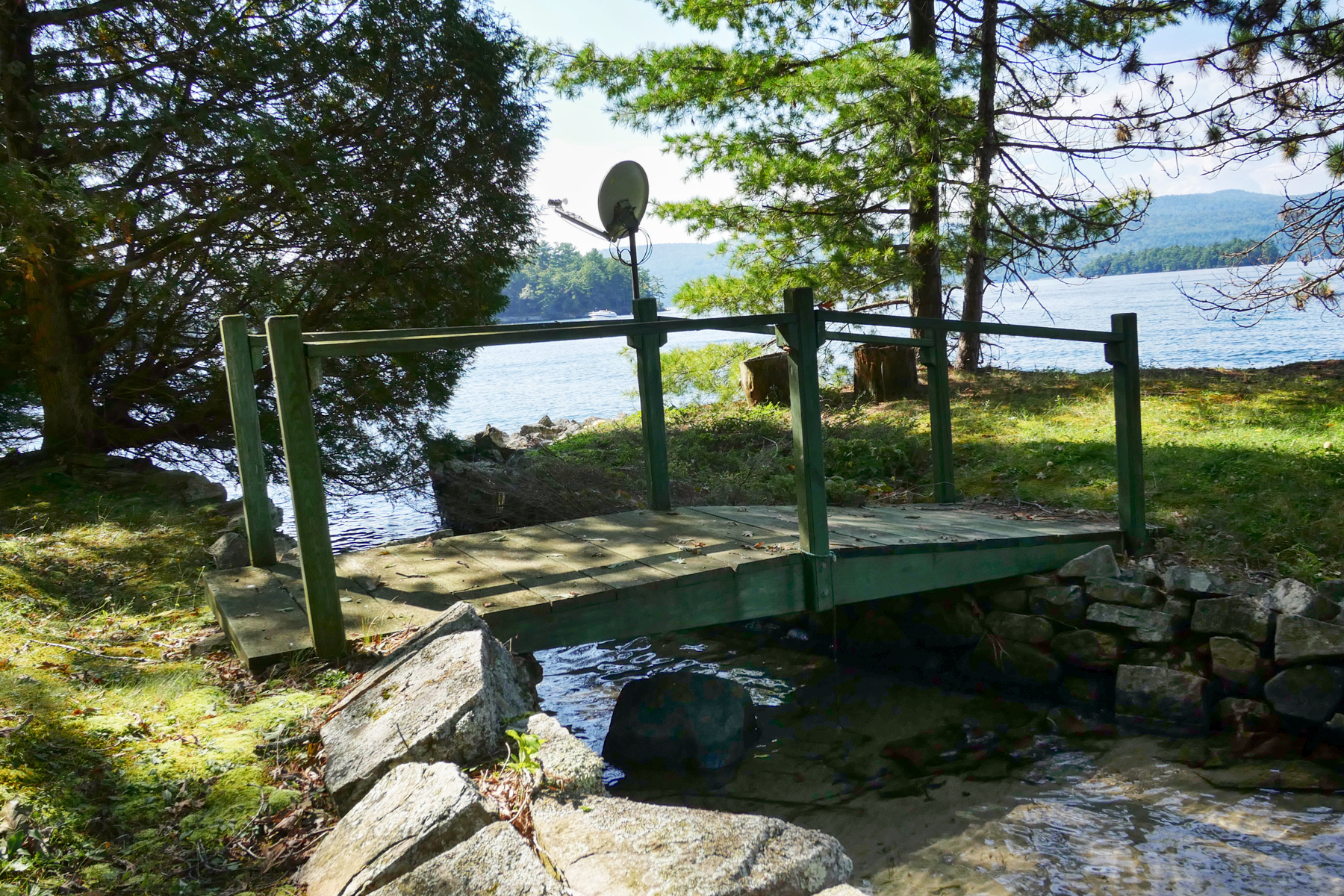 Additional photo for property listing at Lakeside on Lake George 931  Shelving Rock Rd Fort Ann, New York 12827 Vereinigte Staaten