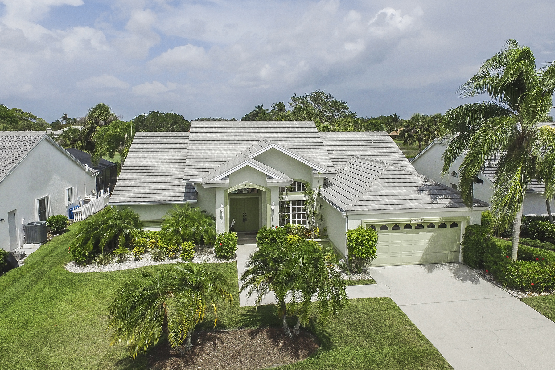 獨棟家庭住宅 為 出售 在 FORT MYERS 16201 Kelly Woods Dr Fort Myers, 佛羅里達州, 33908 美國