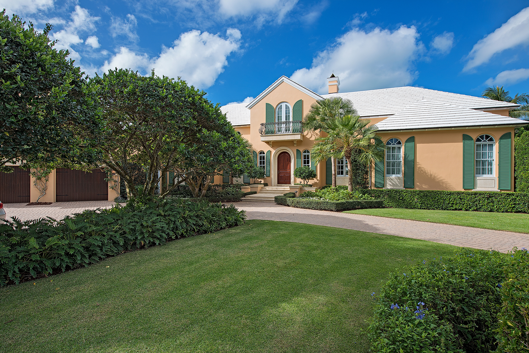 Single Family Home for Sale at PORT ROYAL 1212 Spyglass Ln Port Royal, Naples, Florida, 34102 United States