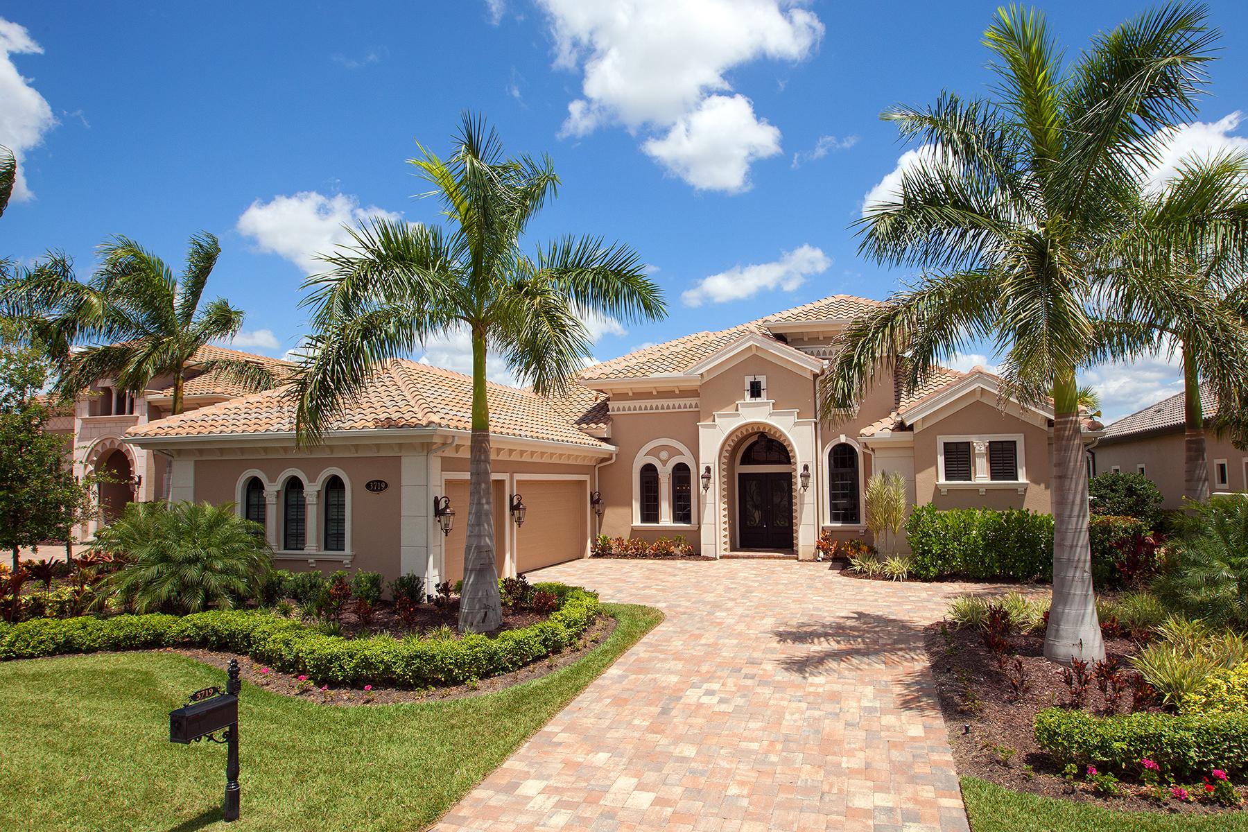 Villa per Vendita alle ore FIDDLERS CREEK - MAHOGANY BEND 3719 Mahogany Bend Dr Naples, Florida, 34114 Stati Uniti